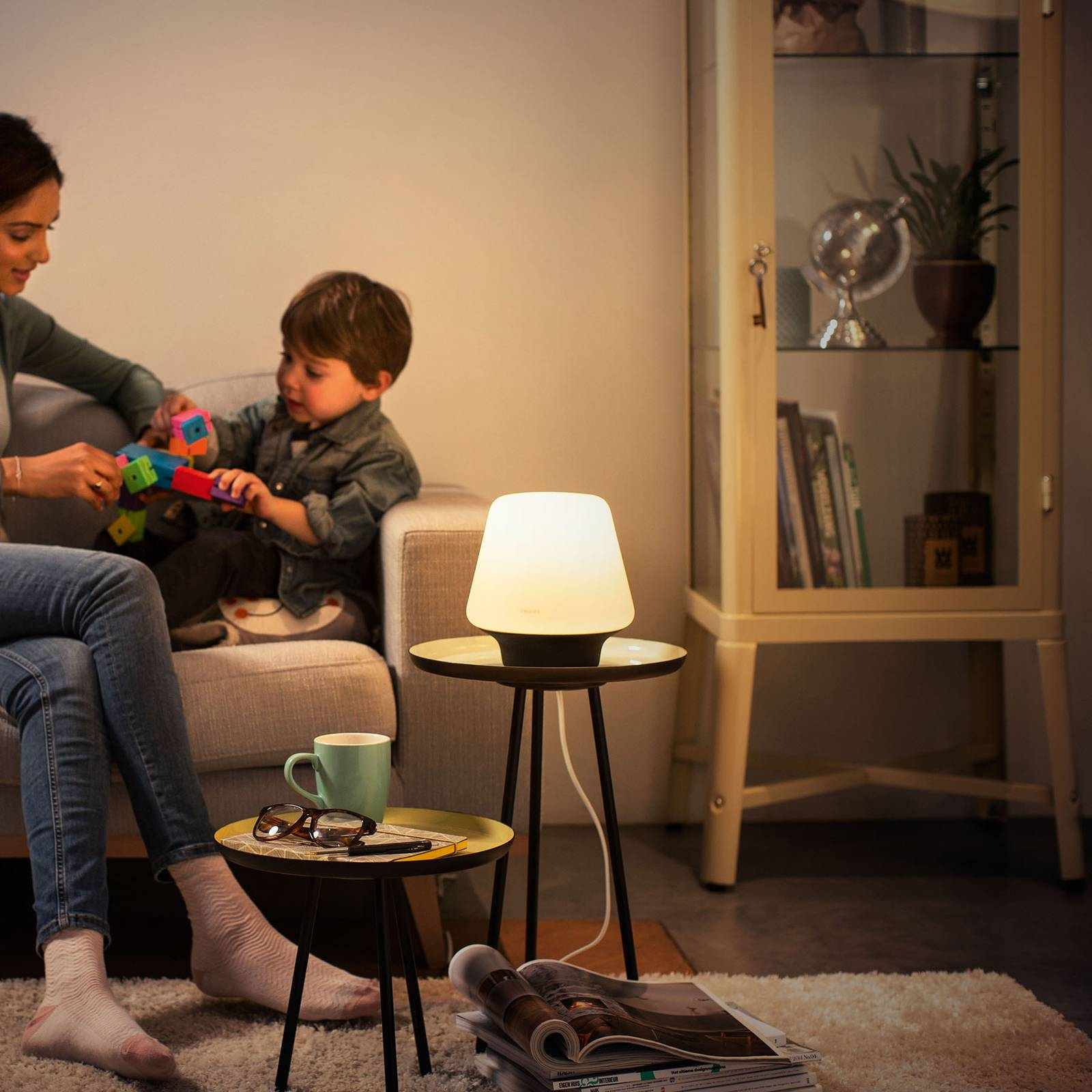 Philips Hue White Ambiance Wellness lampe à poser