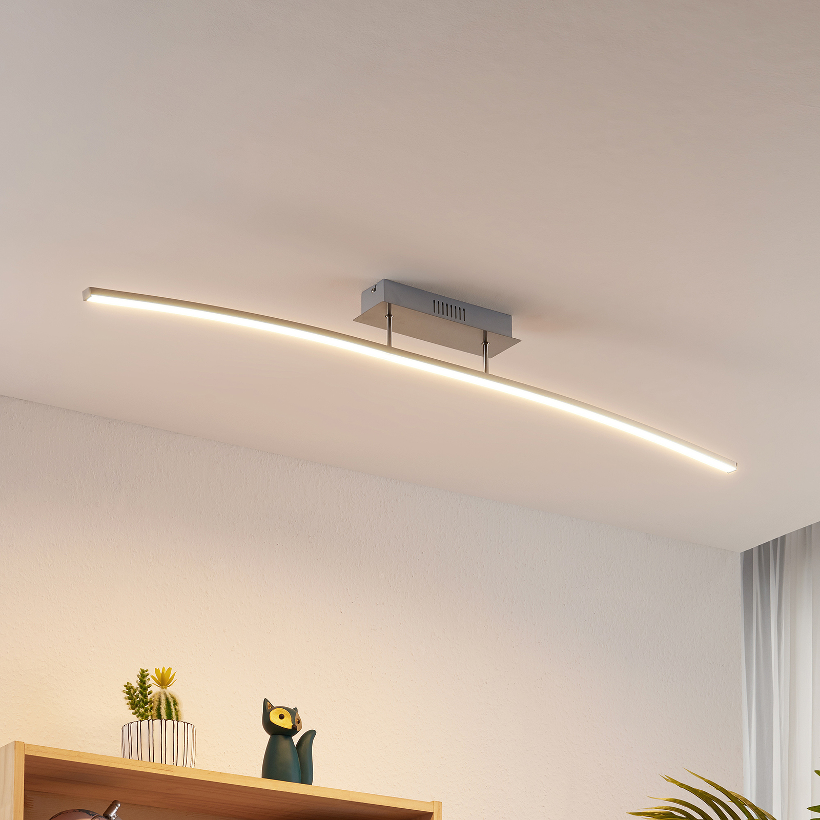Lindby Phillie LED-taklampe, dimbar