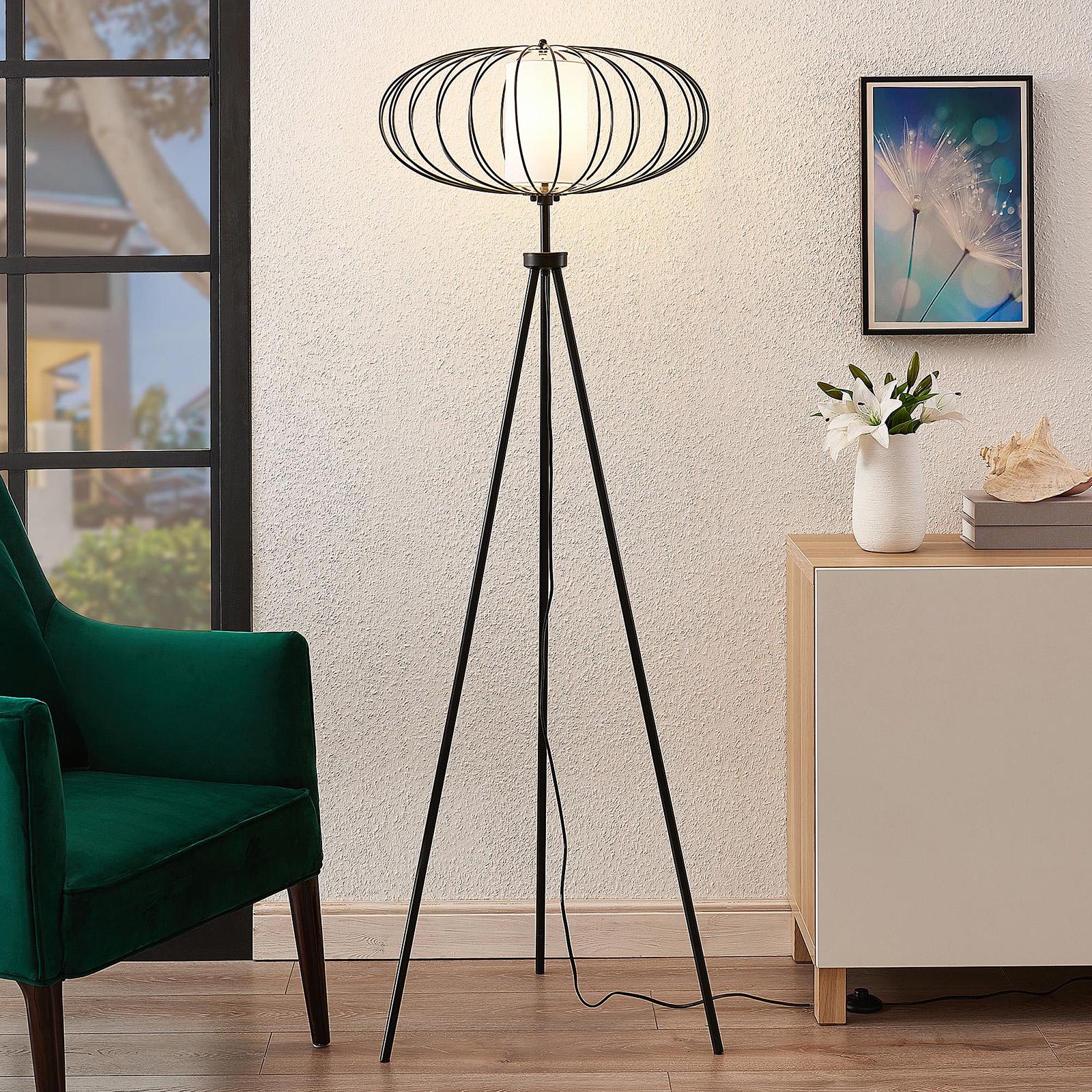 Lindby Korbinian vloerlamp met statiefframe