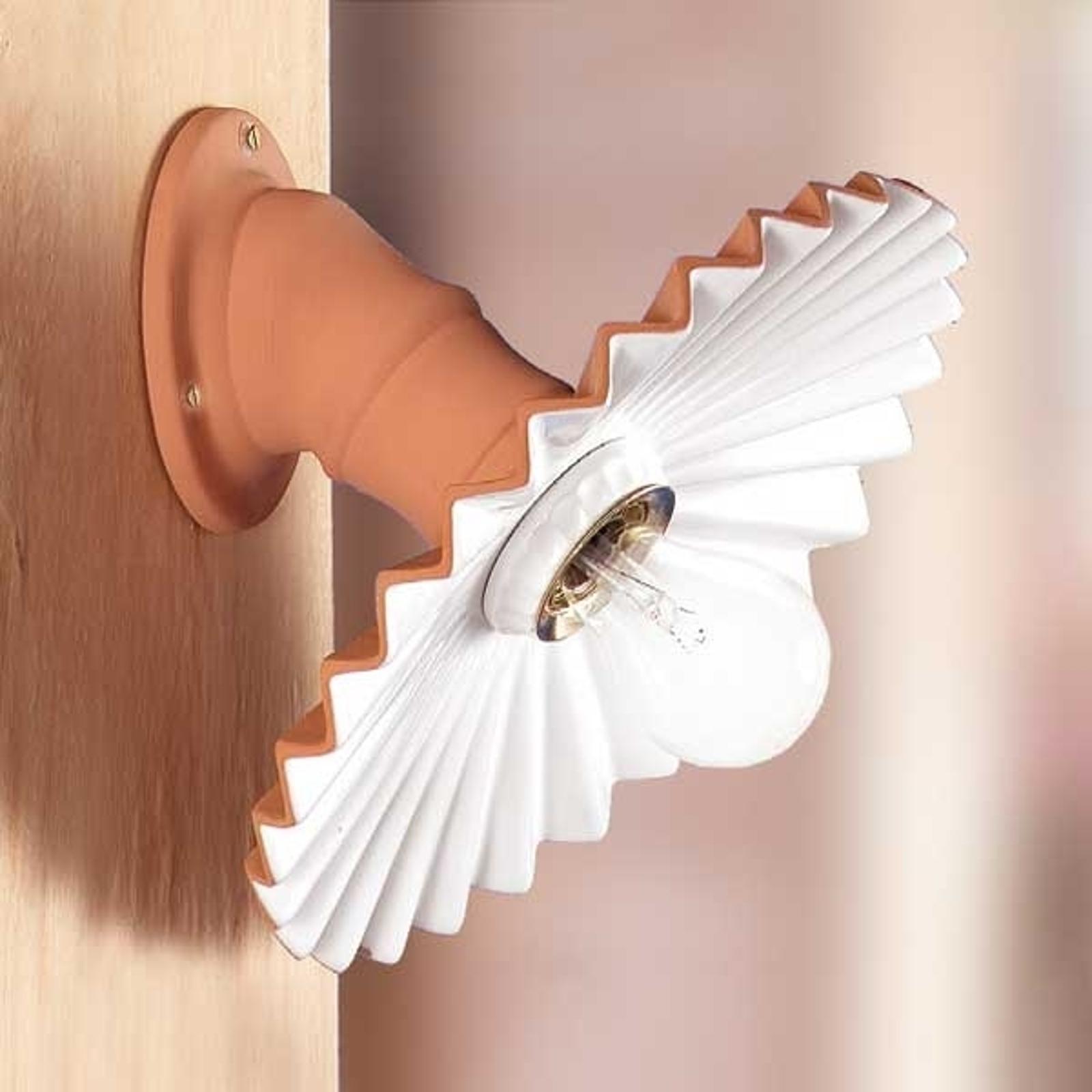 Væglampe ARGILLA i landhusstil