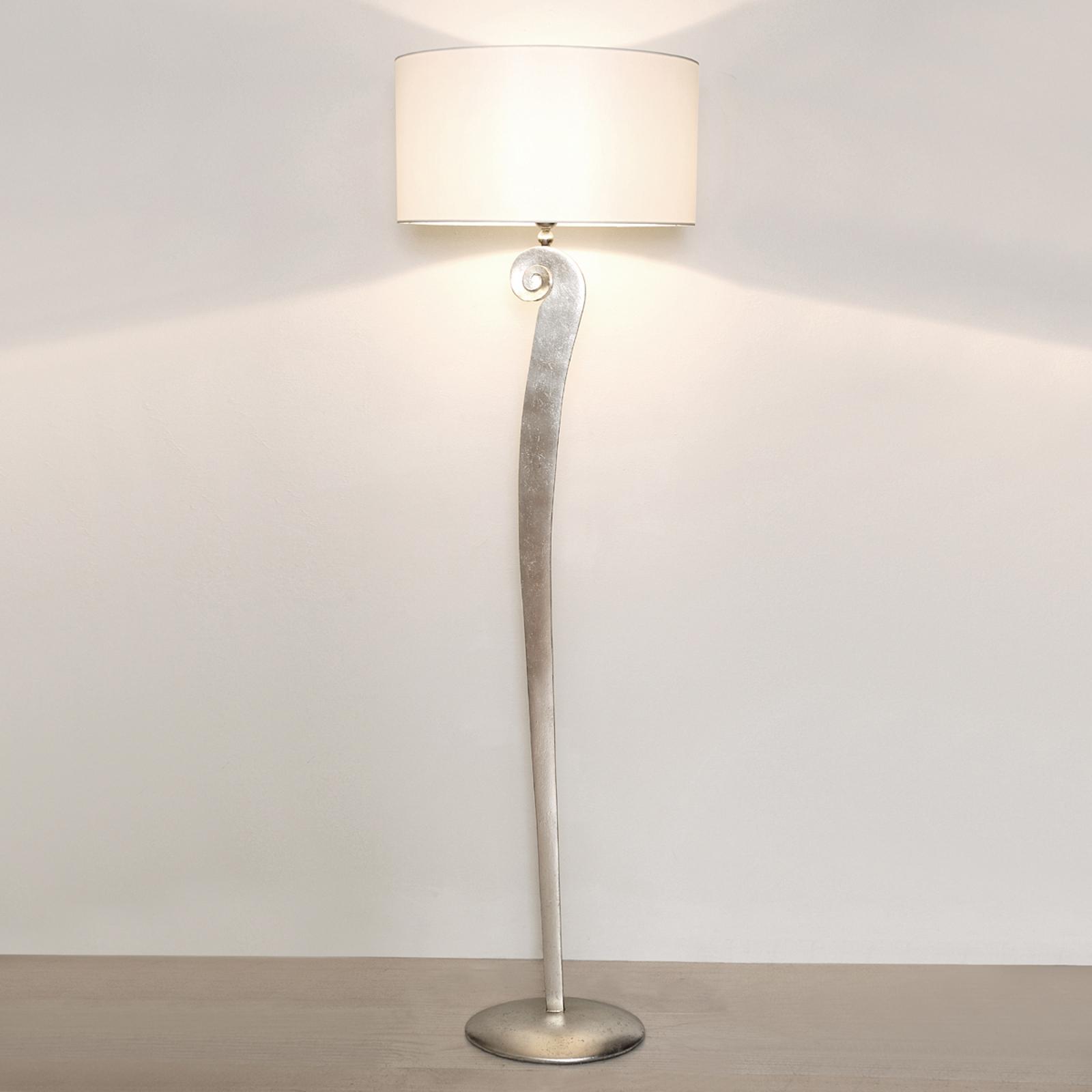Stilfull golvlampa Lino