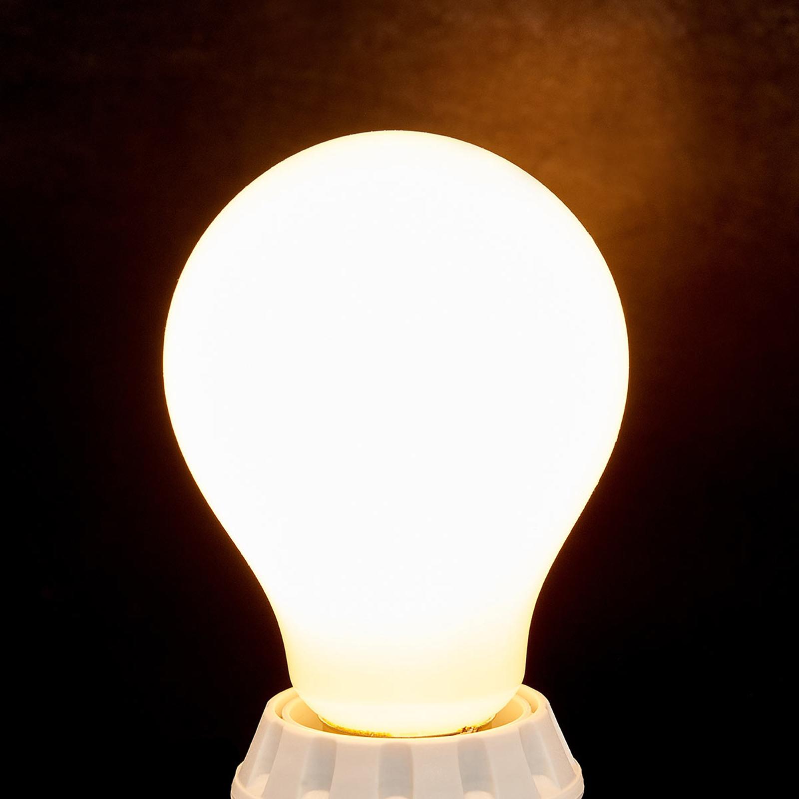 E27 8W lampadina LED, 1055 lm, 2.700K opale