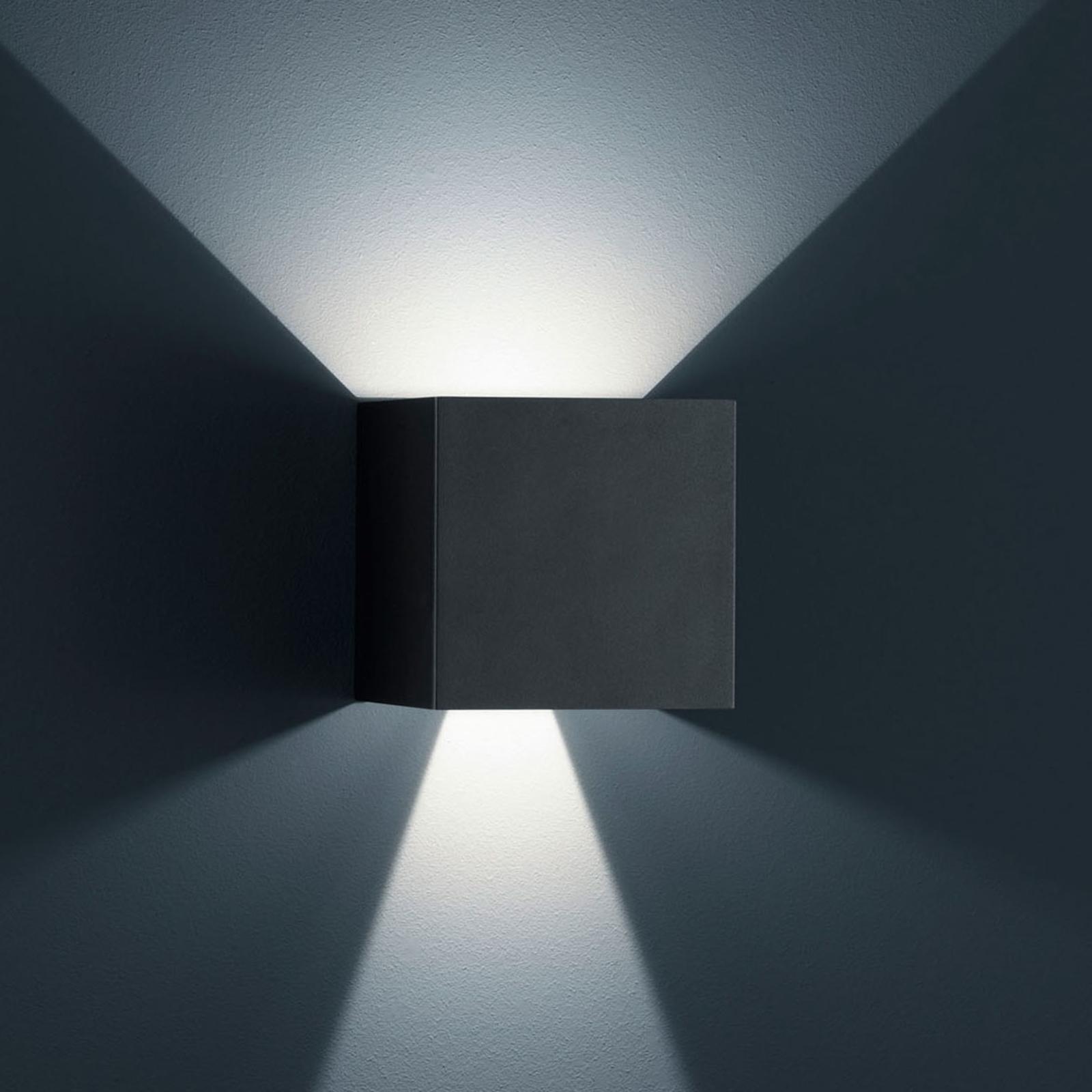 Helestra Siri 44 L udendørs væglampe up/down, sort