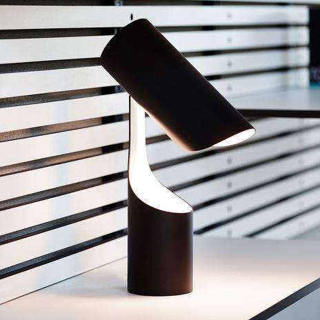 LE KLINT Mutatio lampa stołowa, E14 czarna/biała