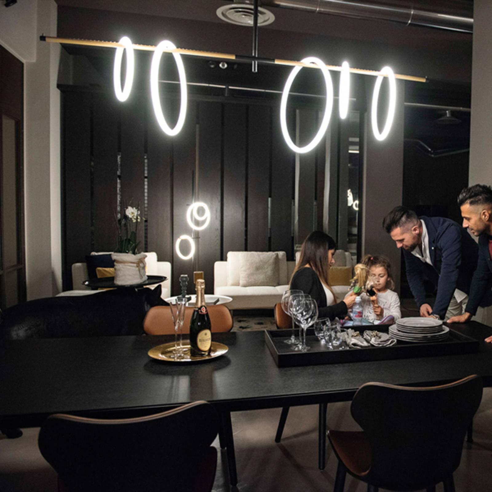 LED-Hängeleuchte Ulaop, fünf Ringe, schwarz