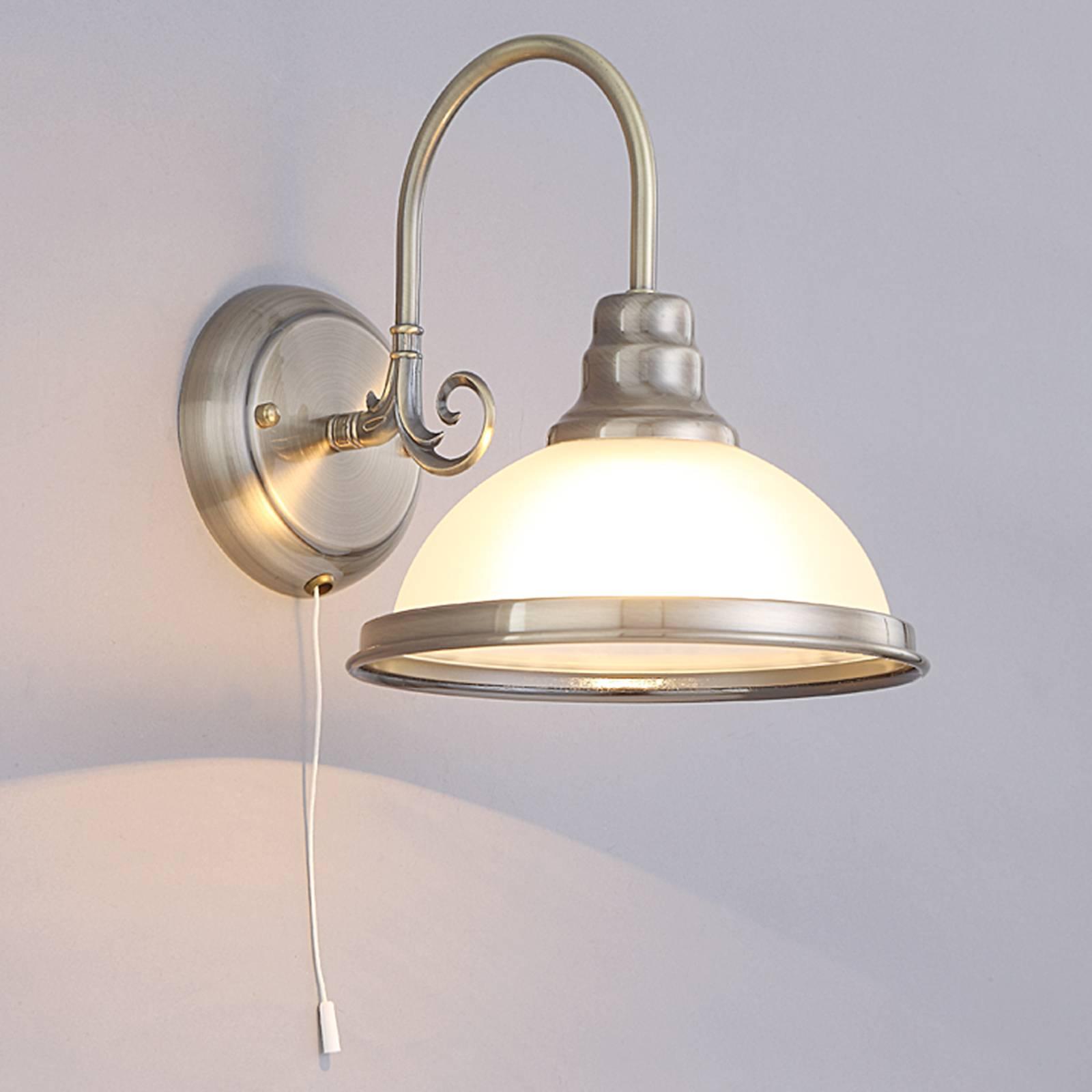 Klassiek aandoende wandlamp Alicia