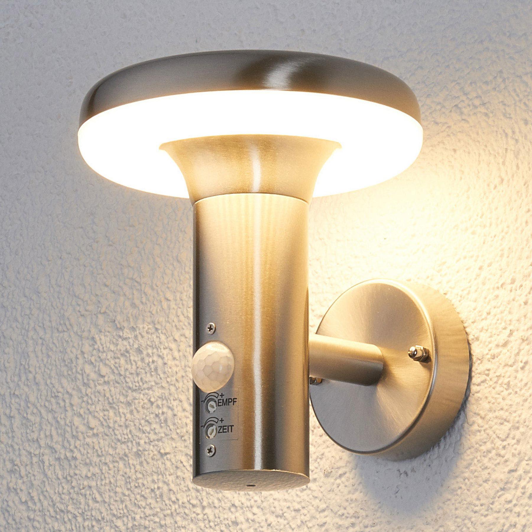 LED-buitenwandlamp Pepina met bewegingssensor
