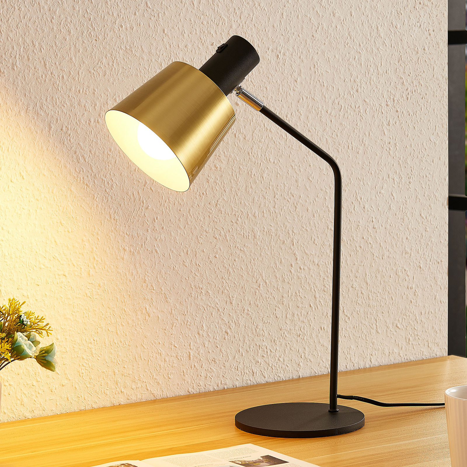 Lindby Vlada lampa stołowa do czytania, czarna