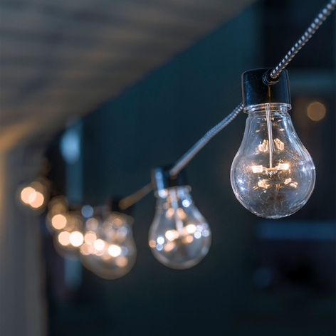 Amberkleurige LED lichtketting Biertuin
