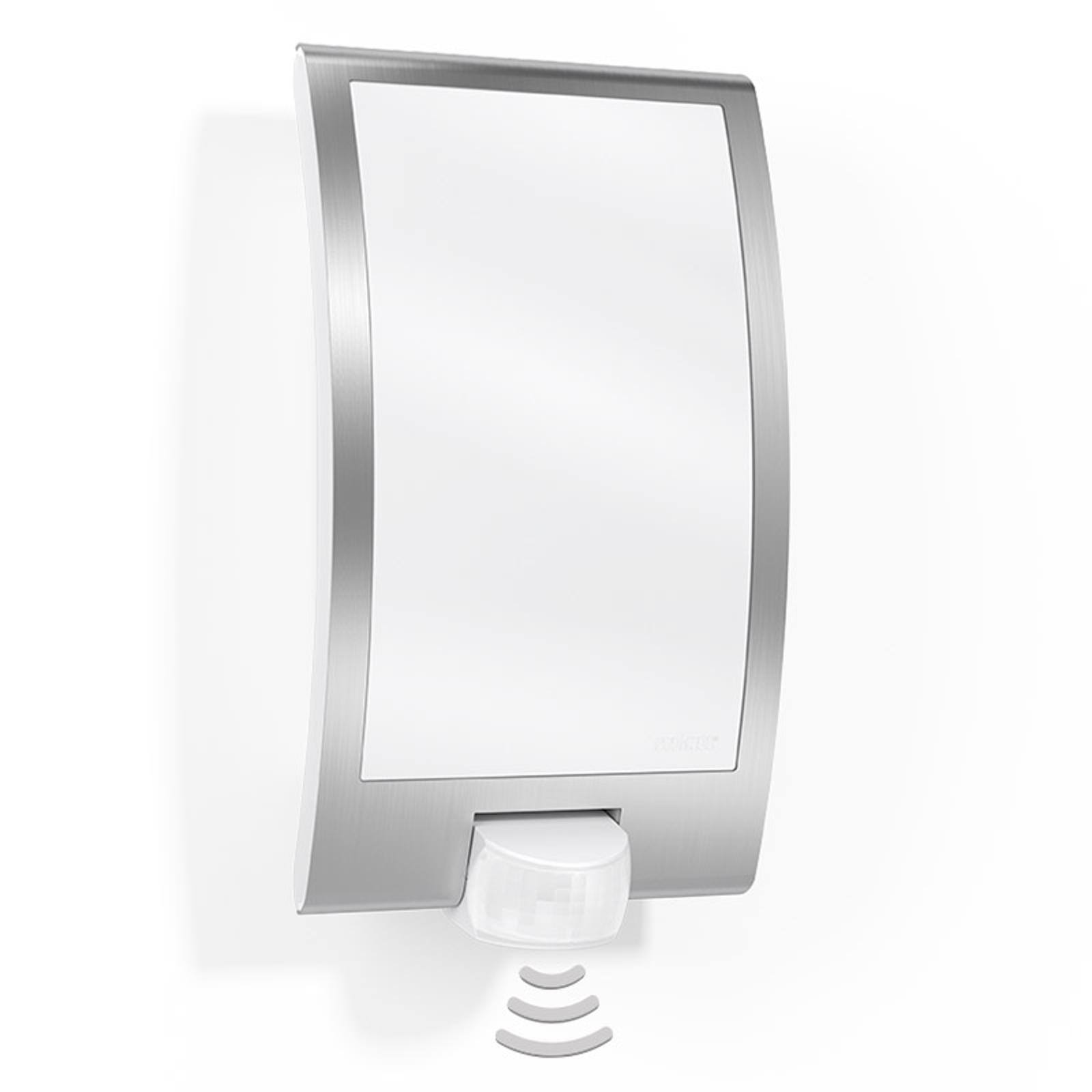 Vegglampe for utendørsbruk L22 med sensor