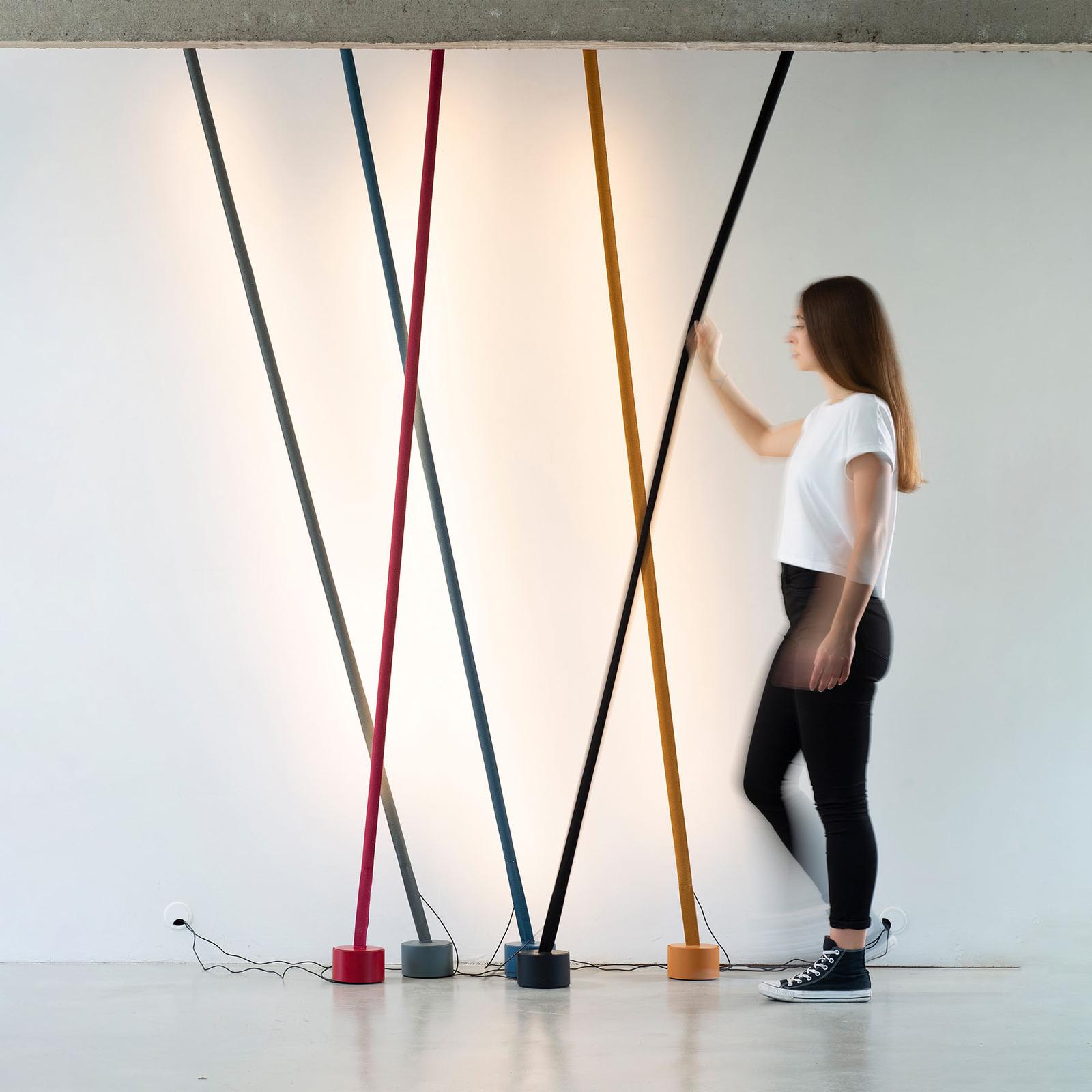 Martinelli Luce Elastica Stehlampe als Band, gelb