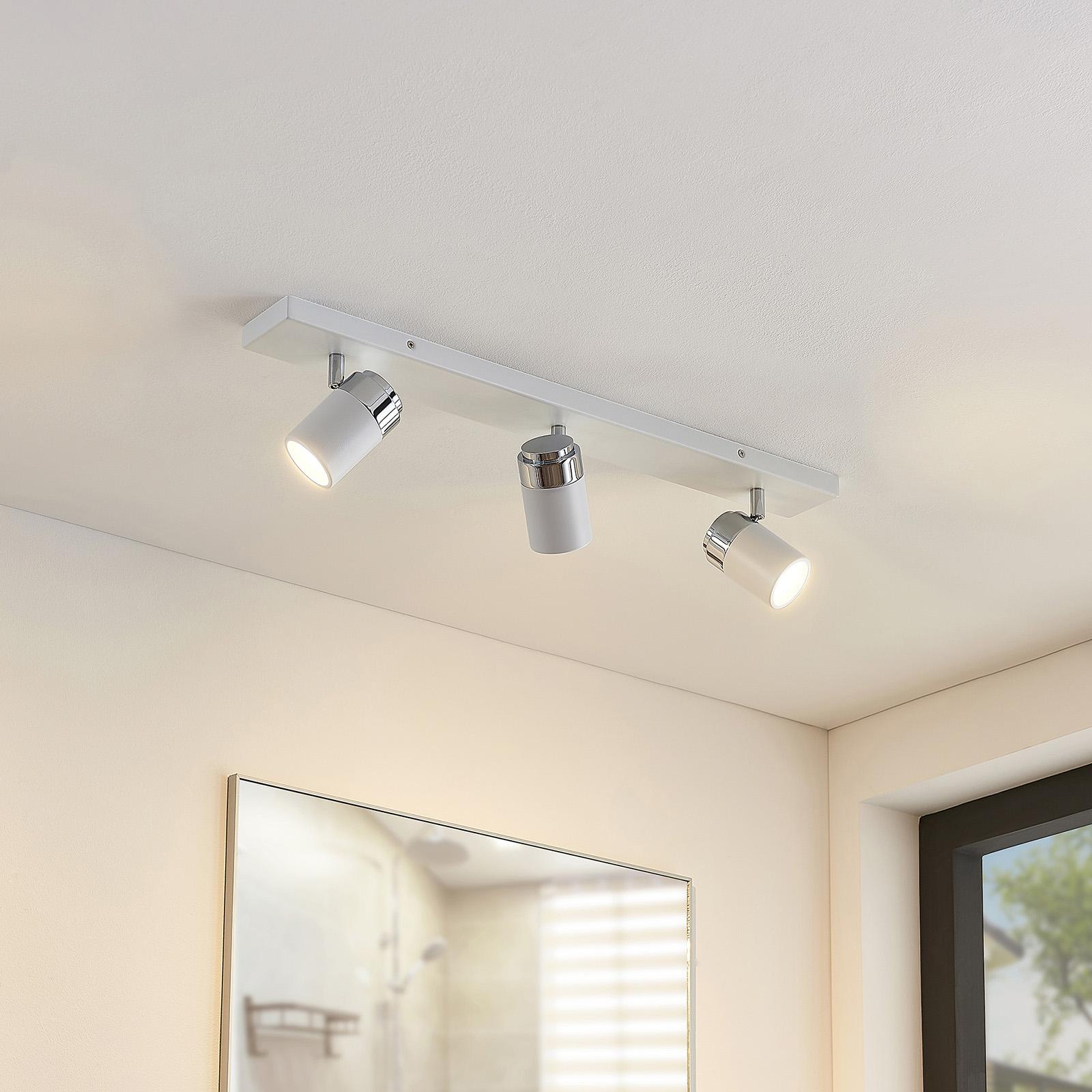 Loftlampe til bad Kardo med 3 lyskilder i hvid