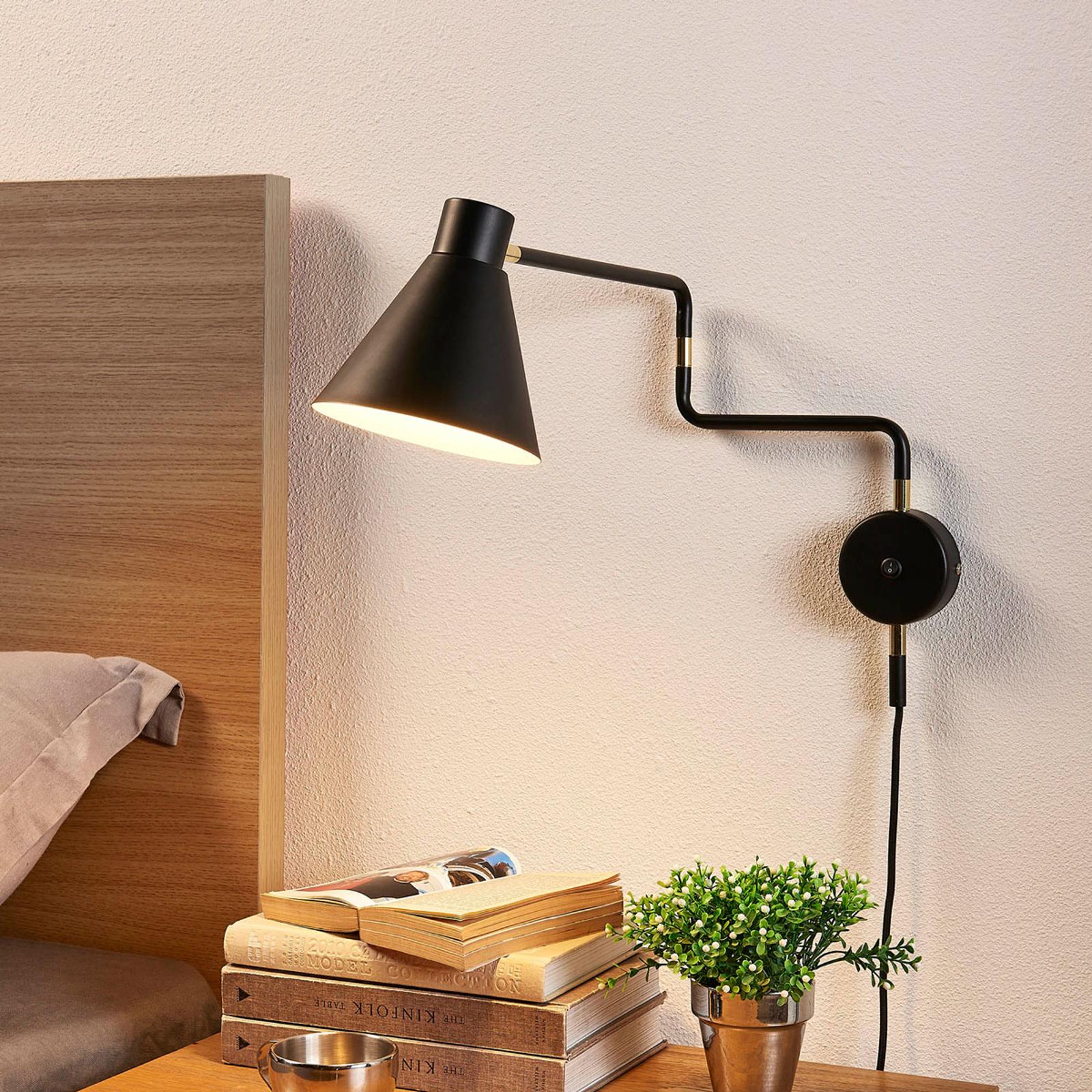 Ausladende LED-Wandlampe Pria in Schwarz