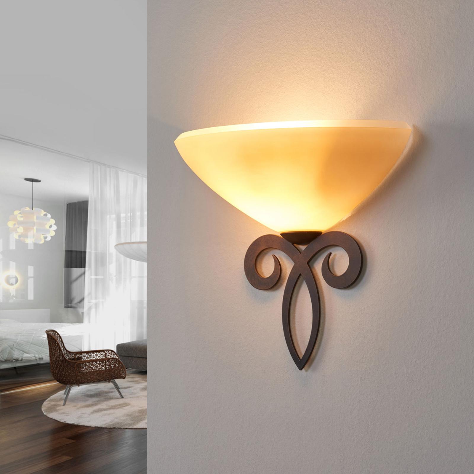 Glazen wandlamp Luca in landhuisstijl