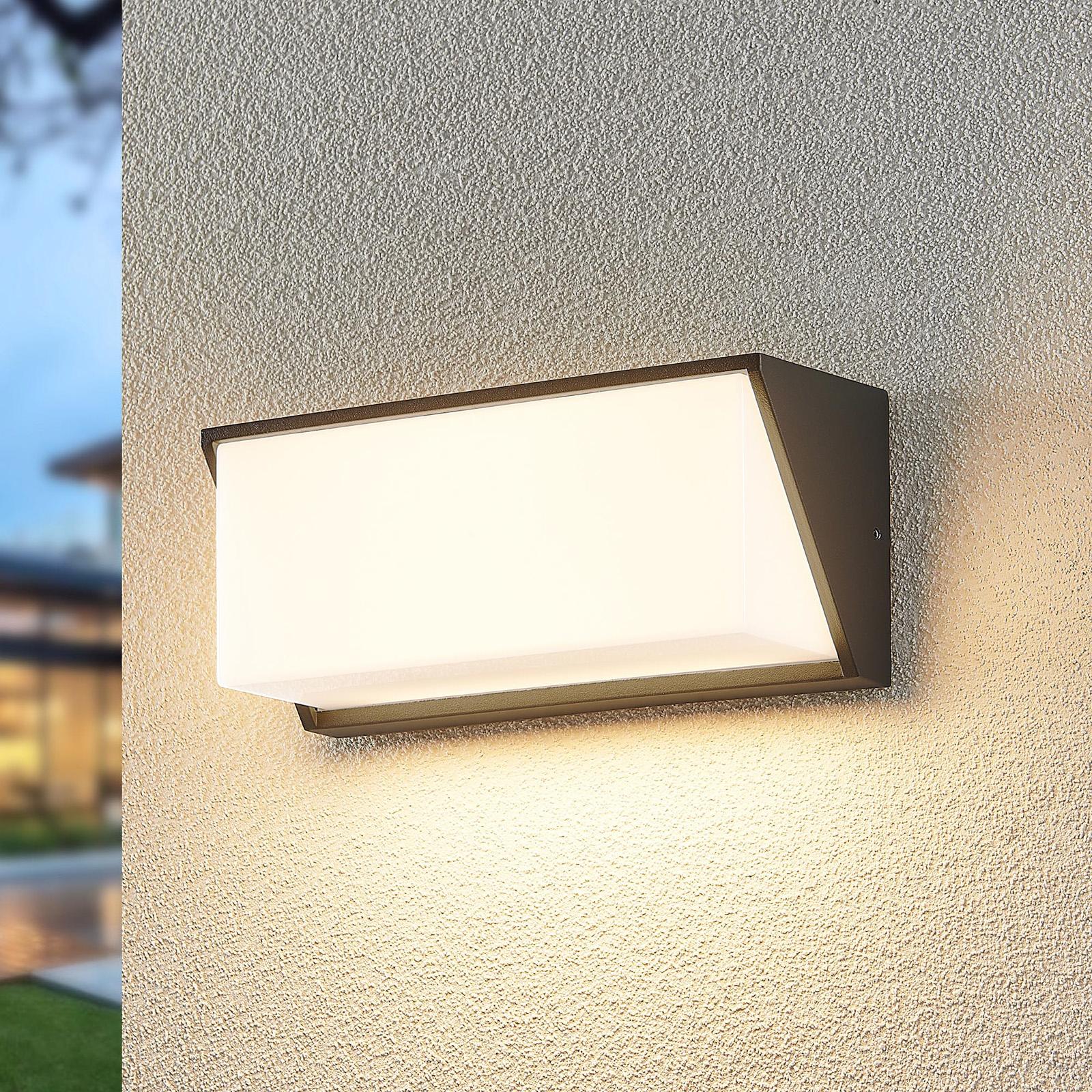Lindby Malim LED-vegglampe til uteområdet