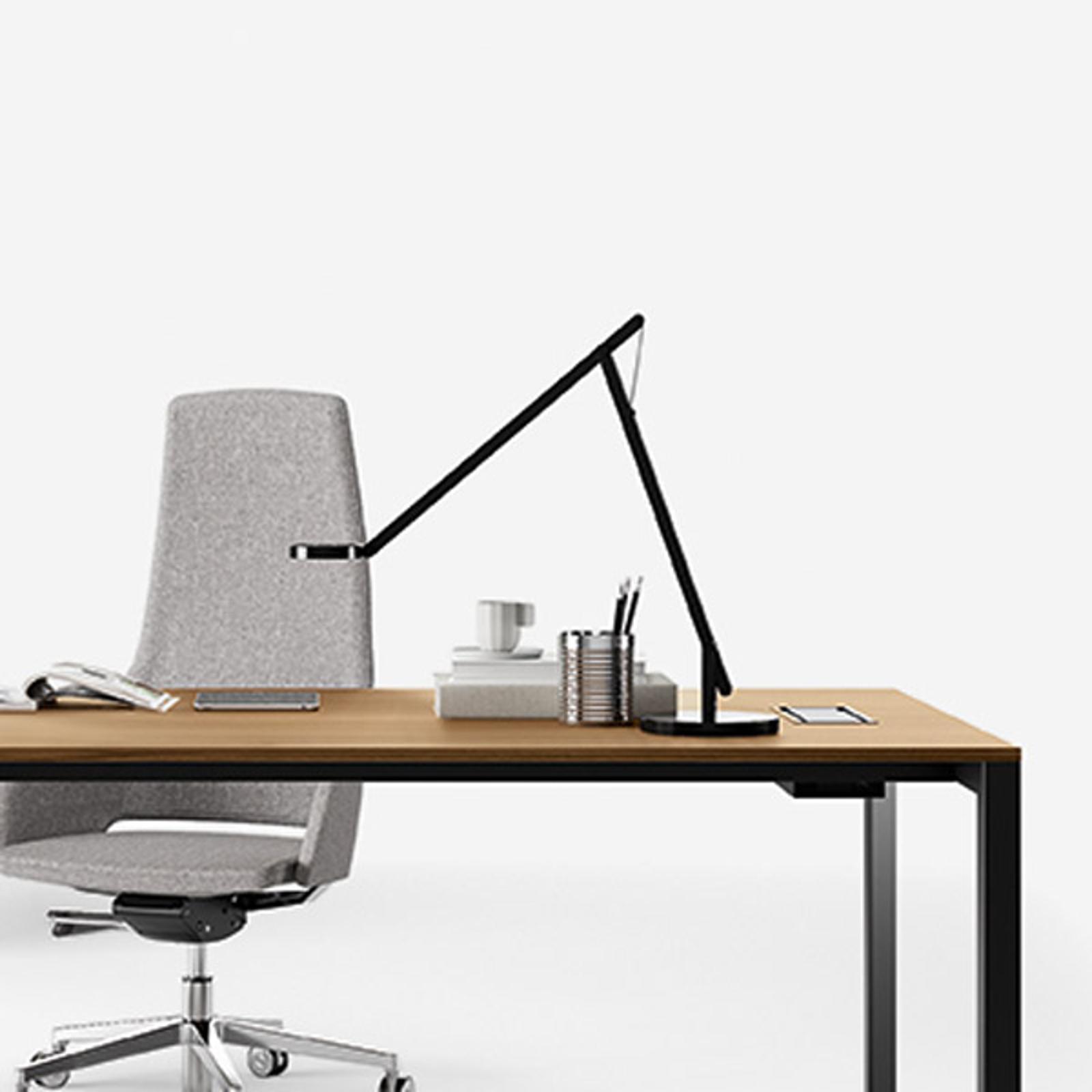 Rotaliana String T1 DTW LED-Tisch schwarz, silber