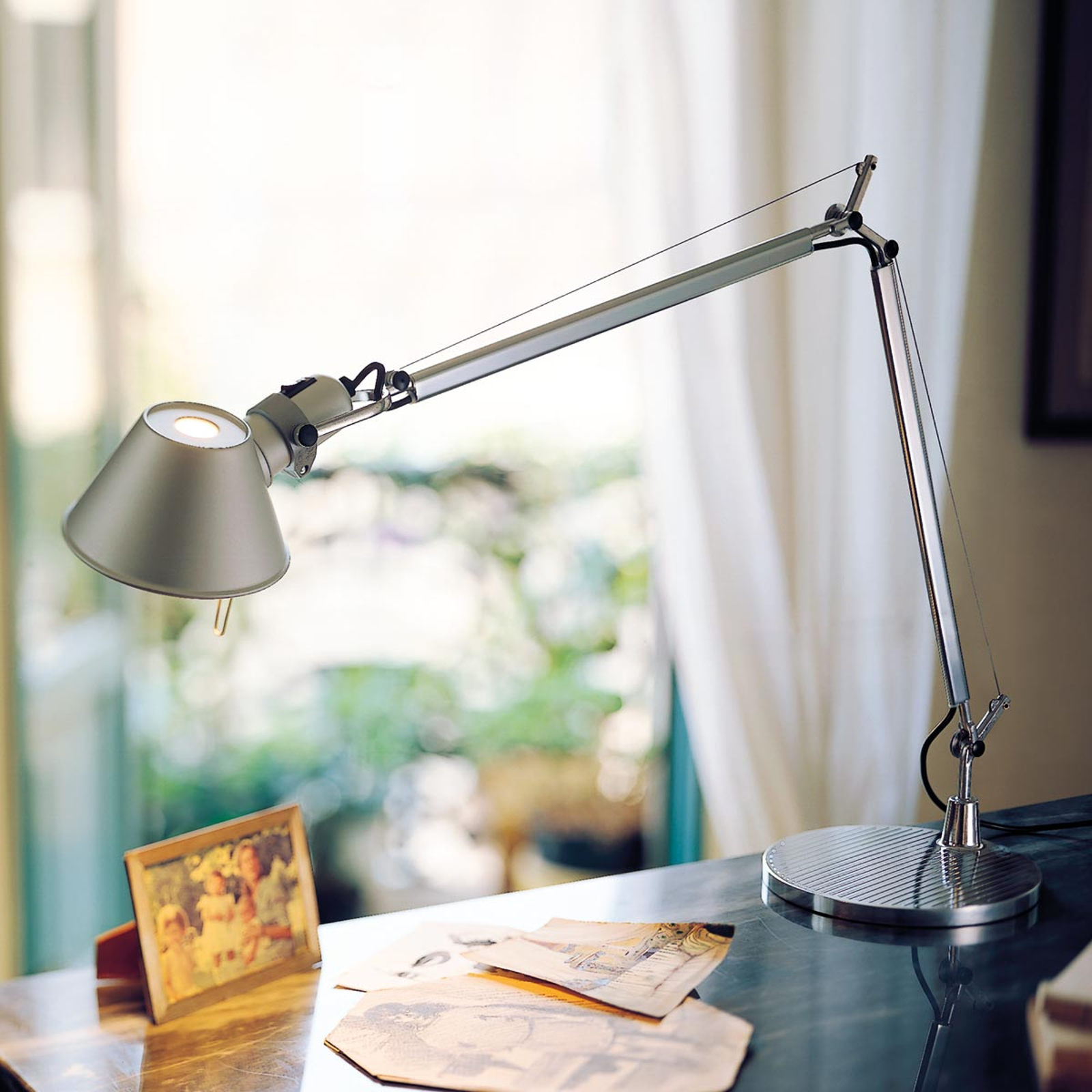 Klassisk LED borglampe Tolomeo Table