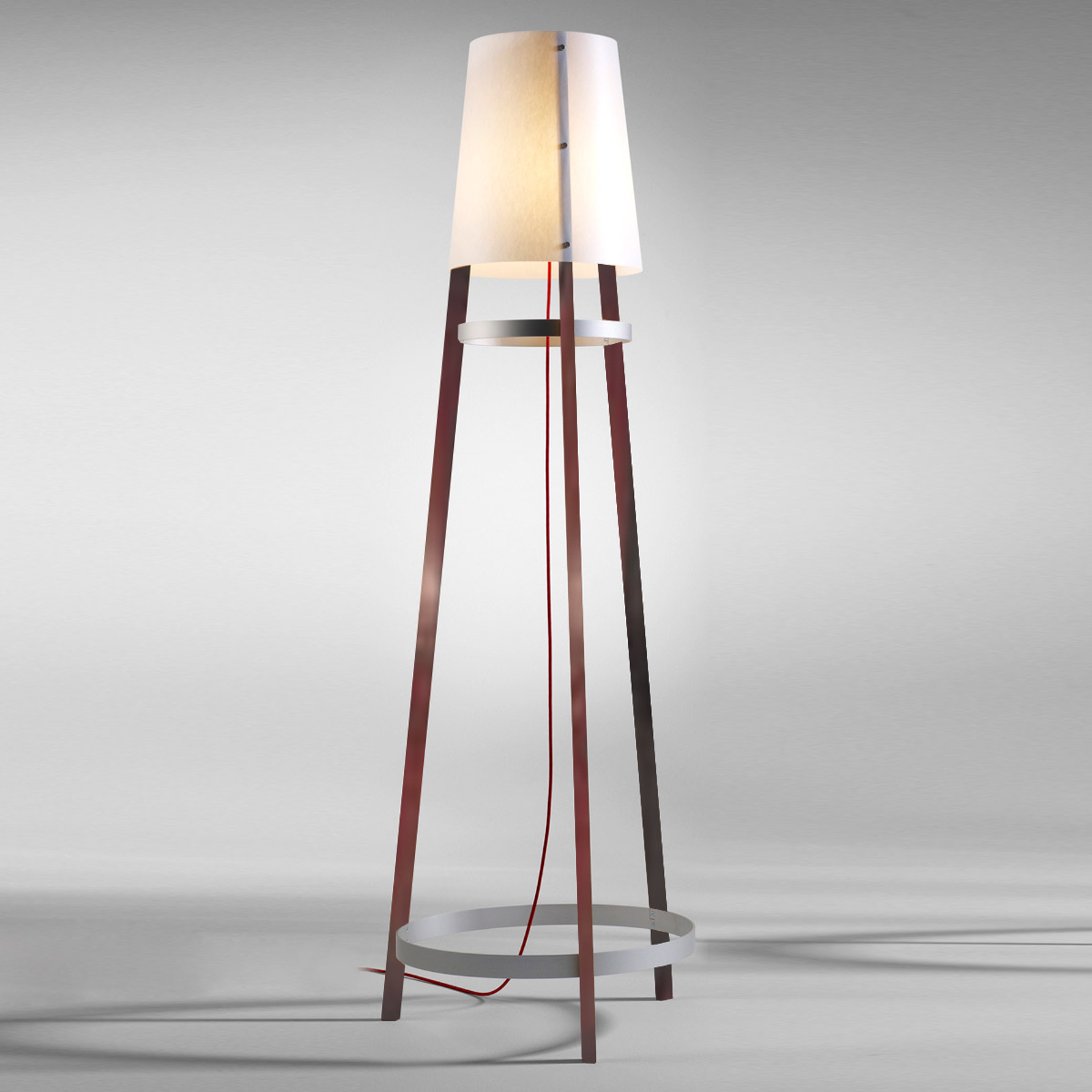 Practical floor lamp Wai Ting with a red cable_2600421_1