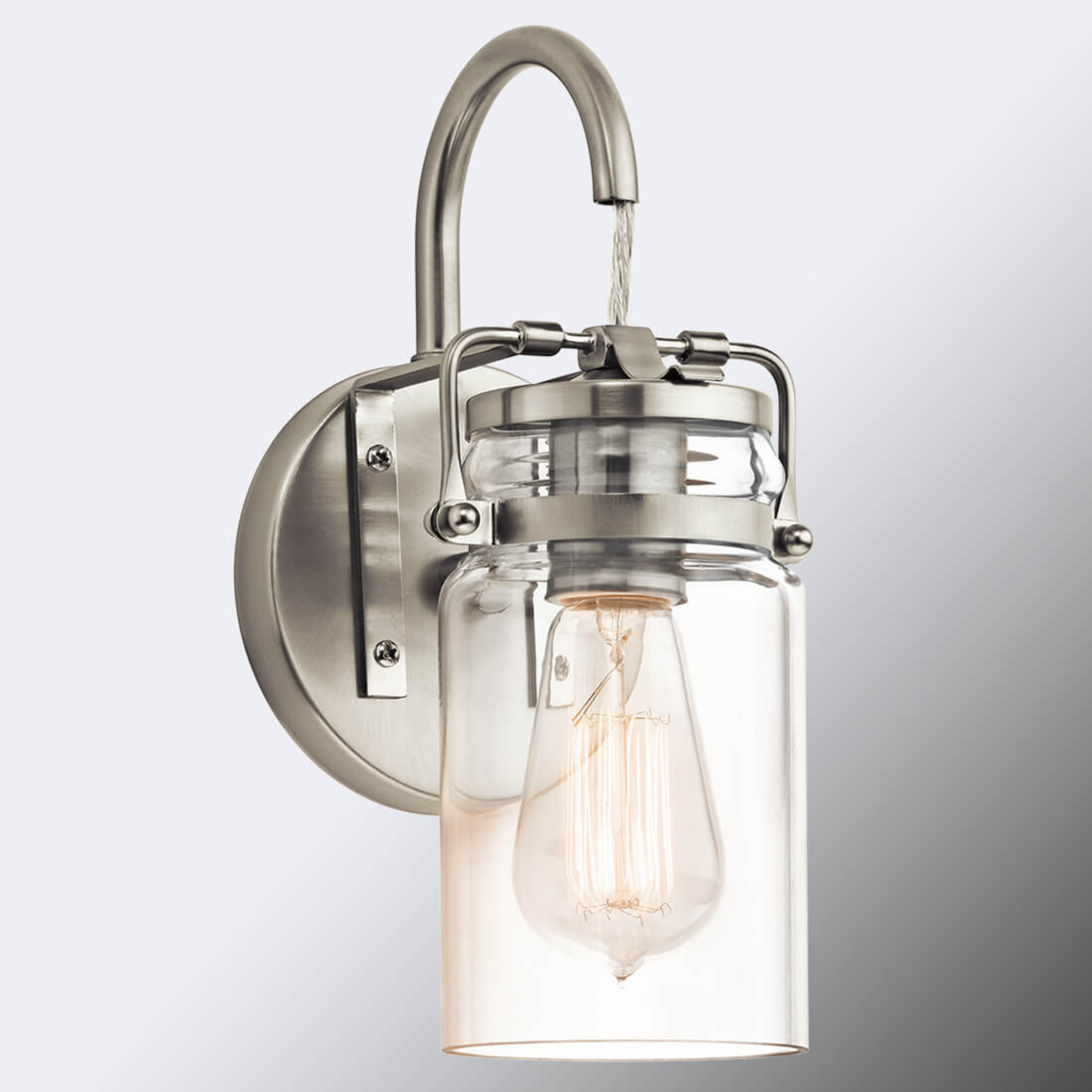 Vegglampe Brinley i vintagestil