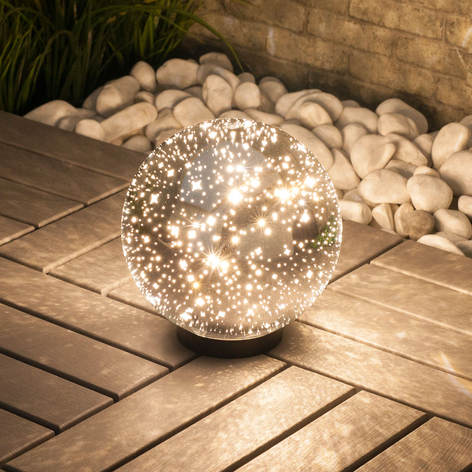 Lindby Kamui LED-Außen-Kugel-Dekoleuchte, Sterne