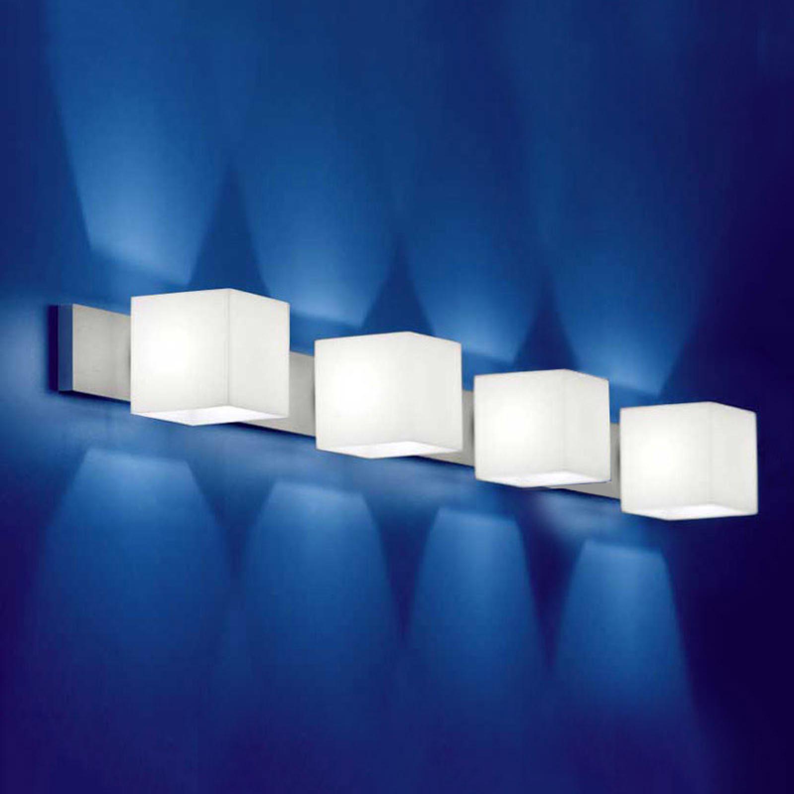 Væglampe CUBE med 4 lyskilder og blændebeskyttelse