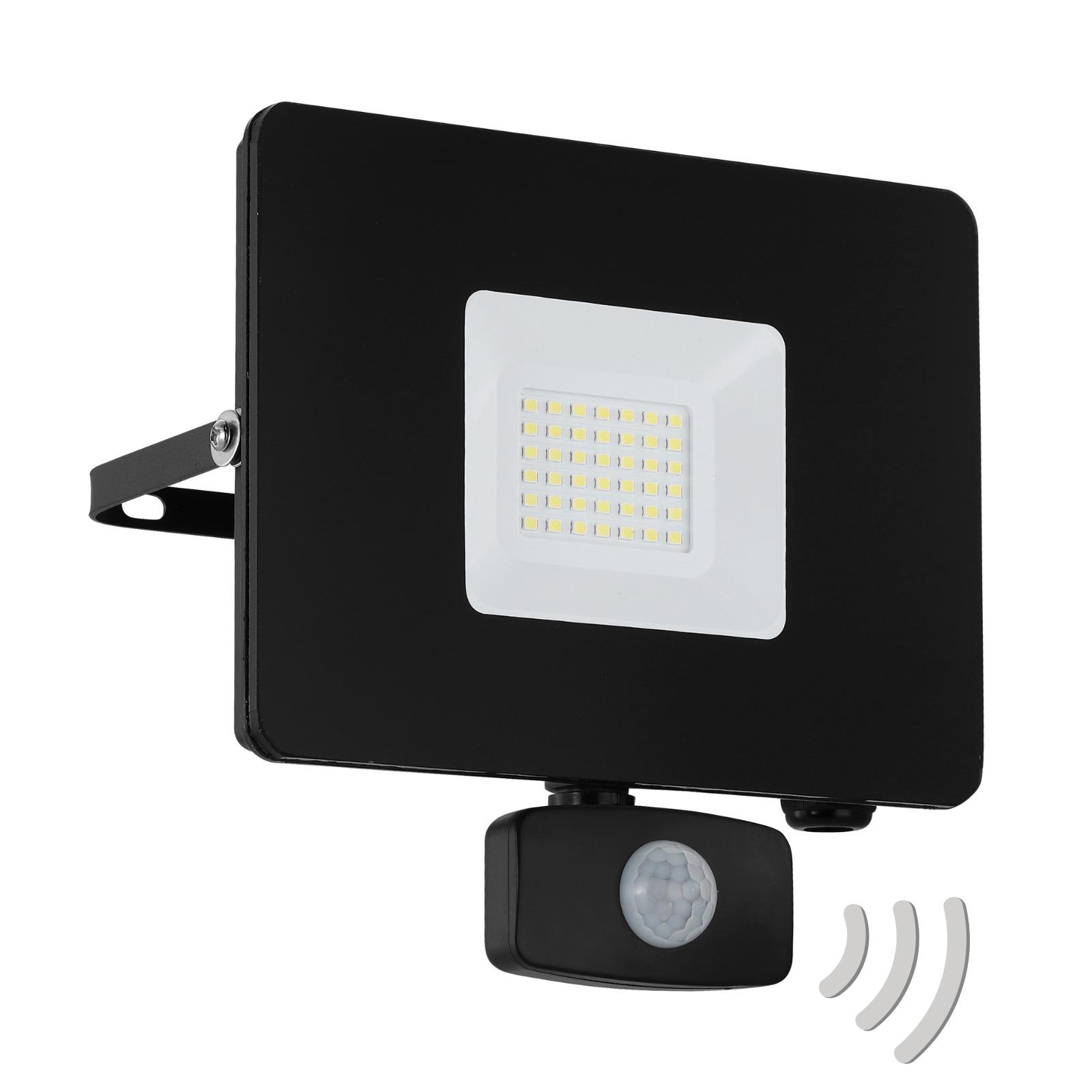 LED buitenspot Faedo 3 met sensor, zwart, 30W