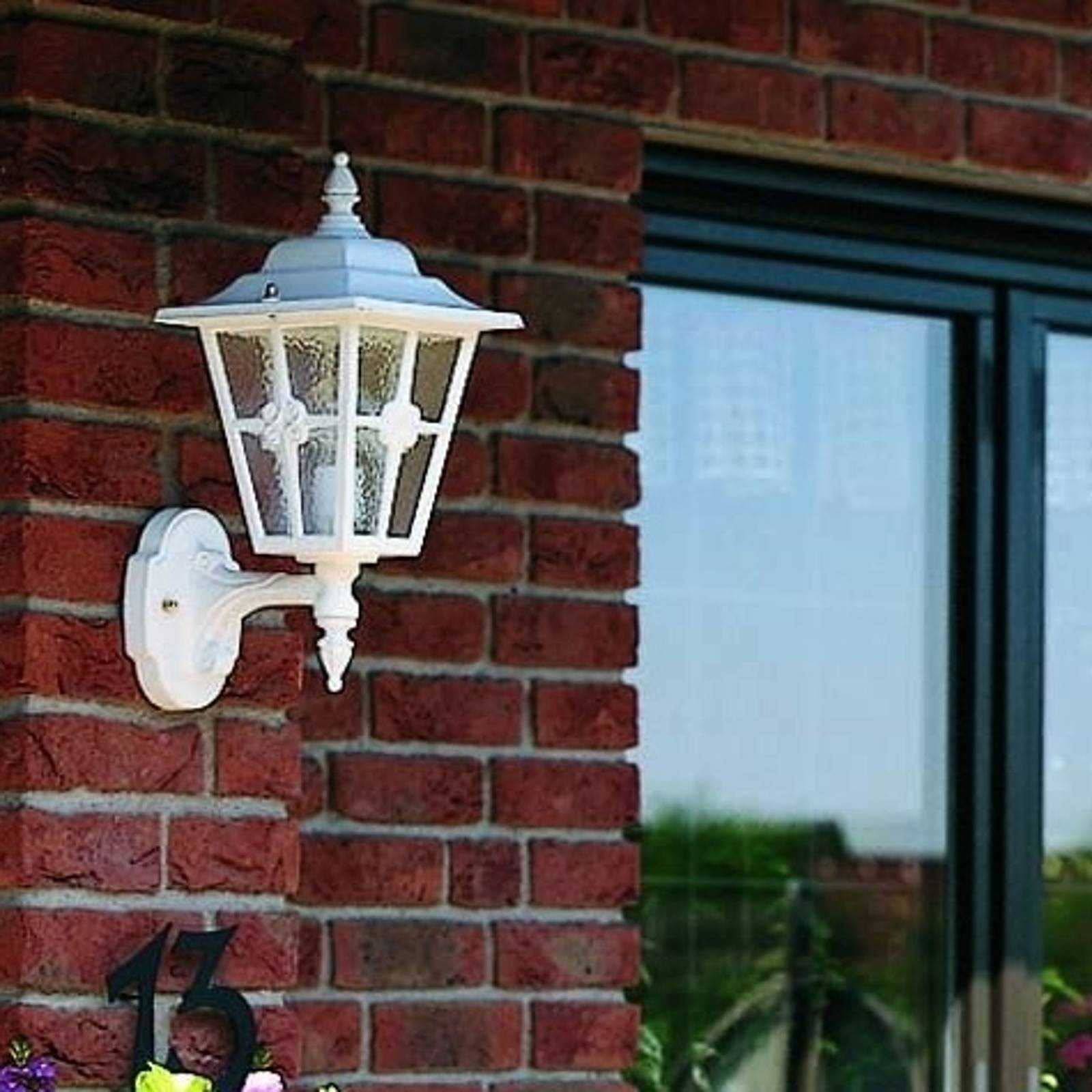 Interesująca zewnętrzna lampa ścienna 763 W