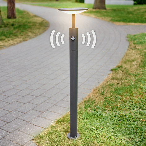 Chodníkové LED svietidlo Fenia detektor pohybu 100