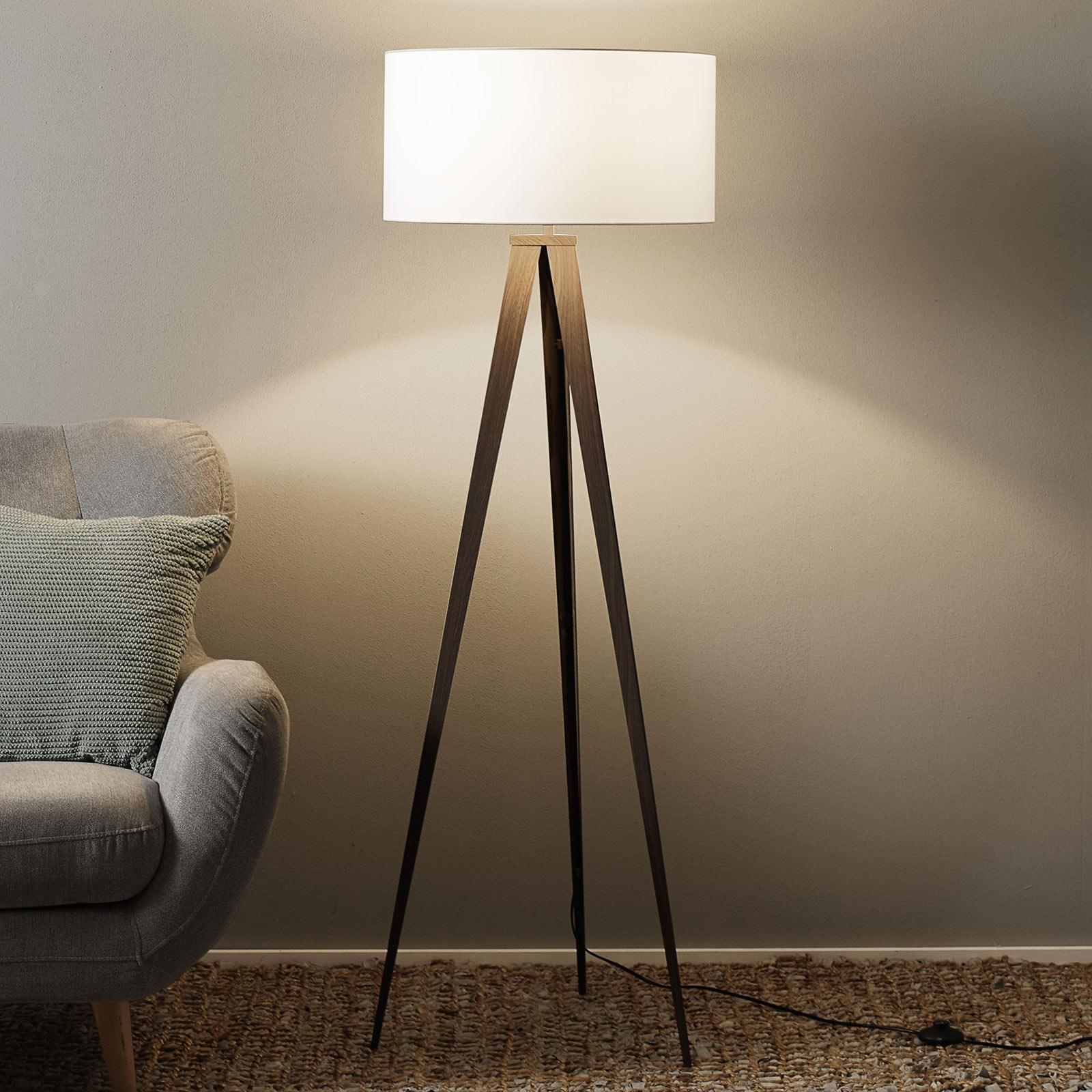 Trojnohá stojací lampa Benik, vlašský ořech