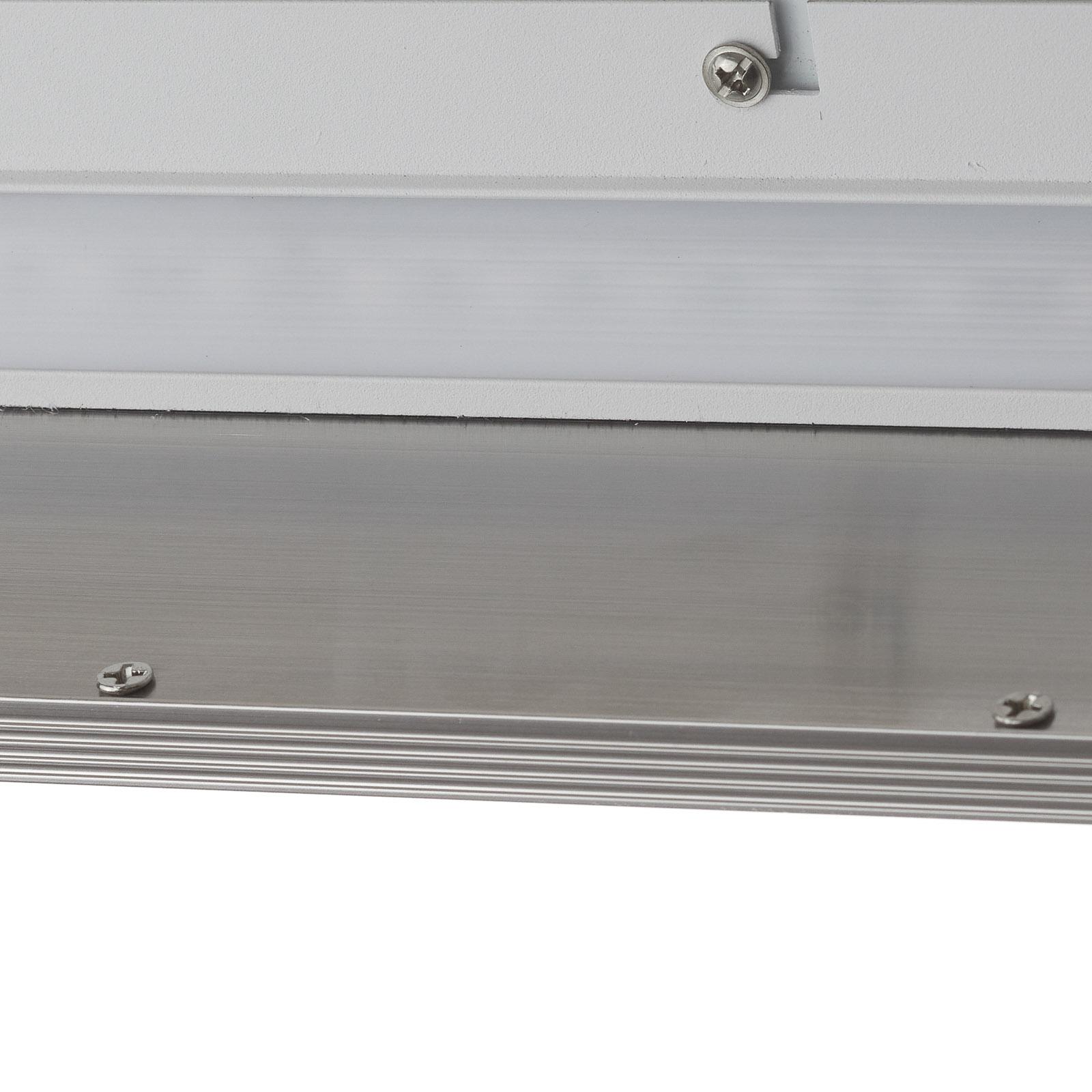 Plafonnier LED Entrance, largeur 7cm 22W