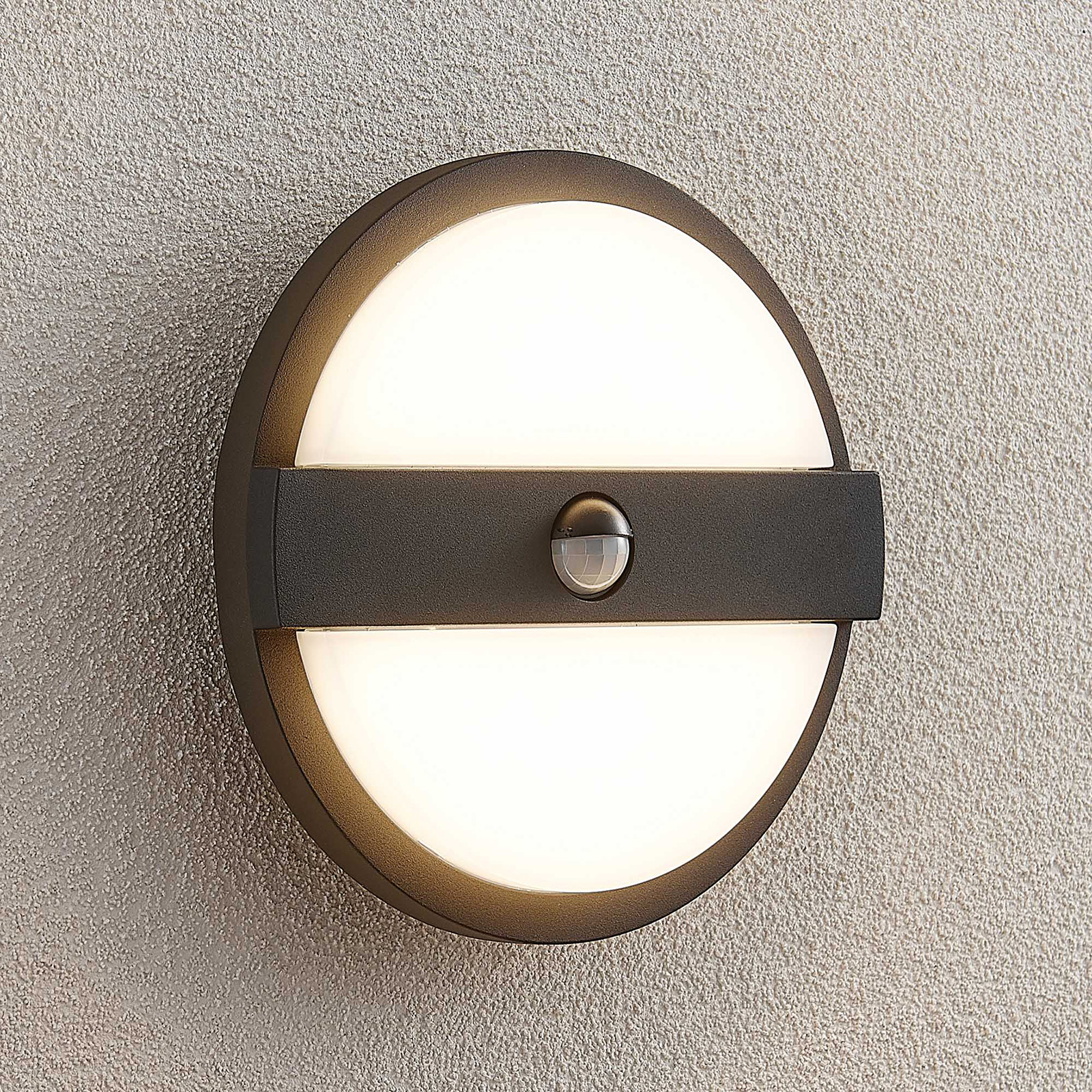 Lucande Gylfi LED-vegglampe rund med sensor