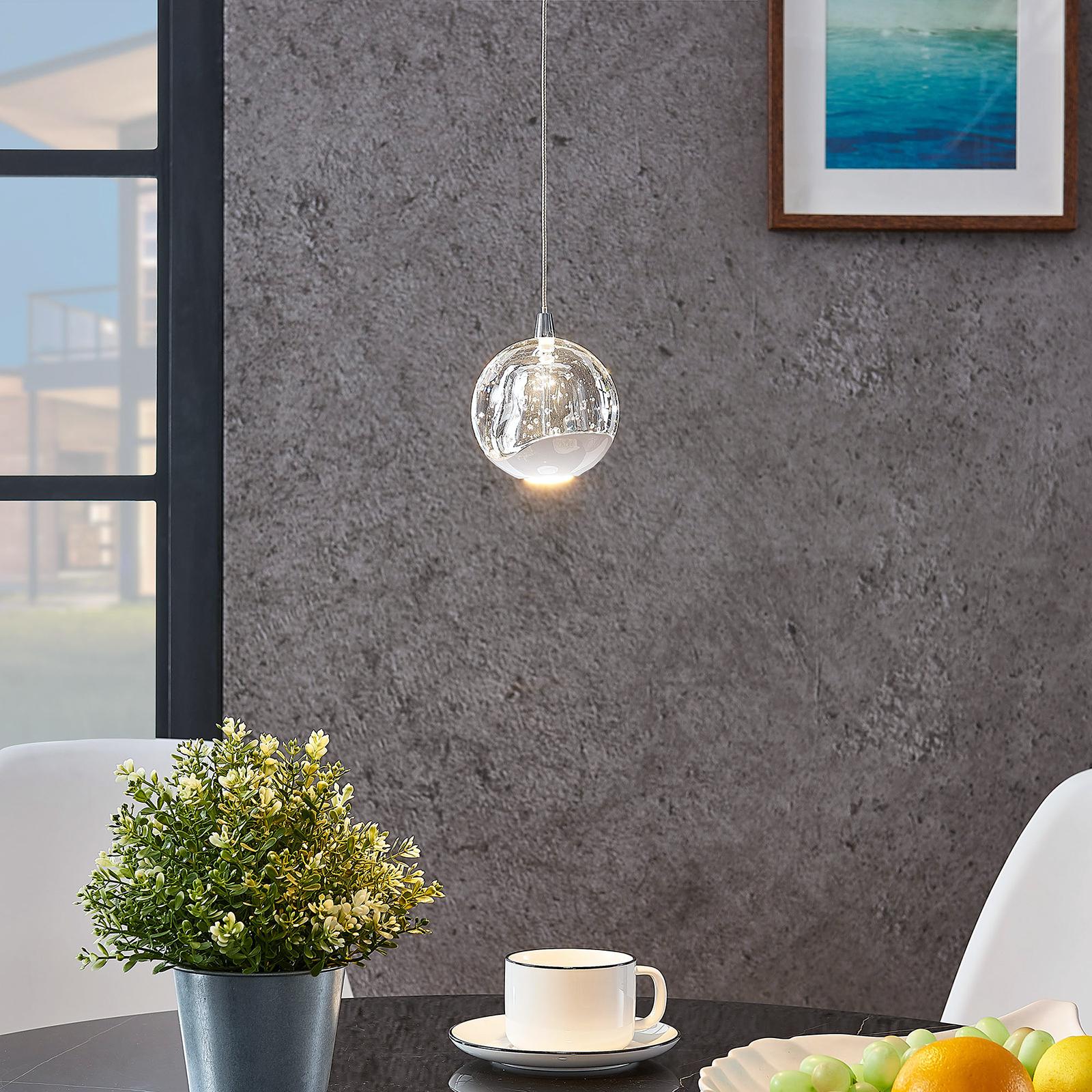 LED-Pendellampe Hayley mit Glaskugel, 1-fl., chrom