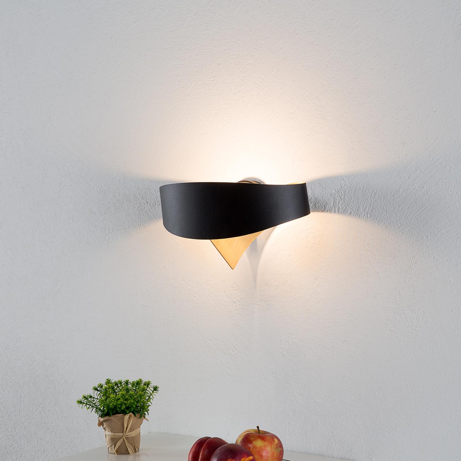 Lámpara de pared LED de diseño Scudo negro-dorado
