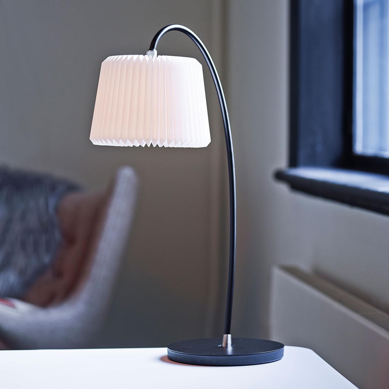 LE KLINT Snowdrop - papirbordlampe, hvit