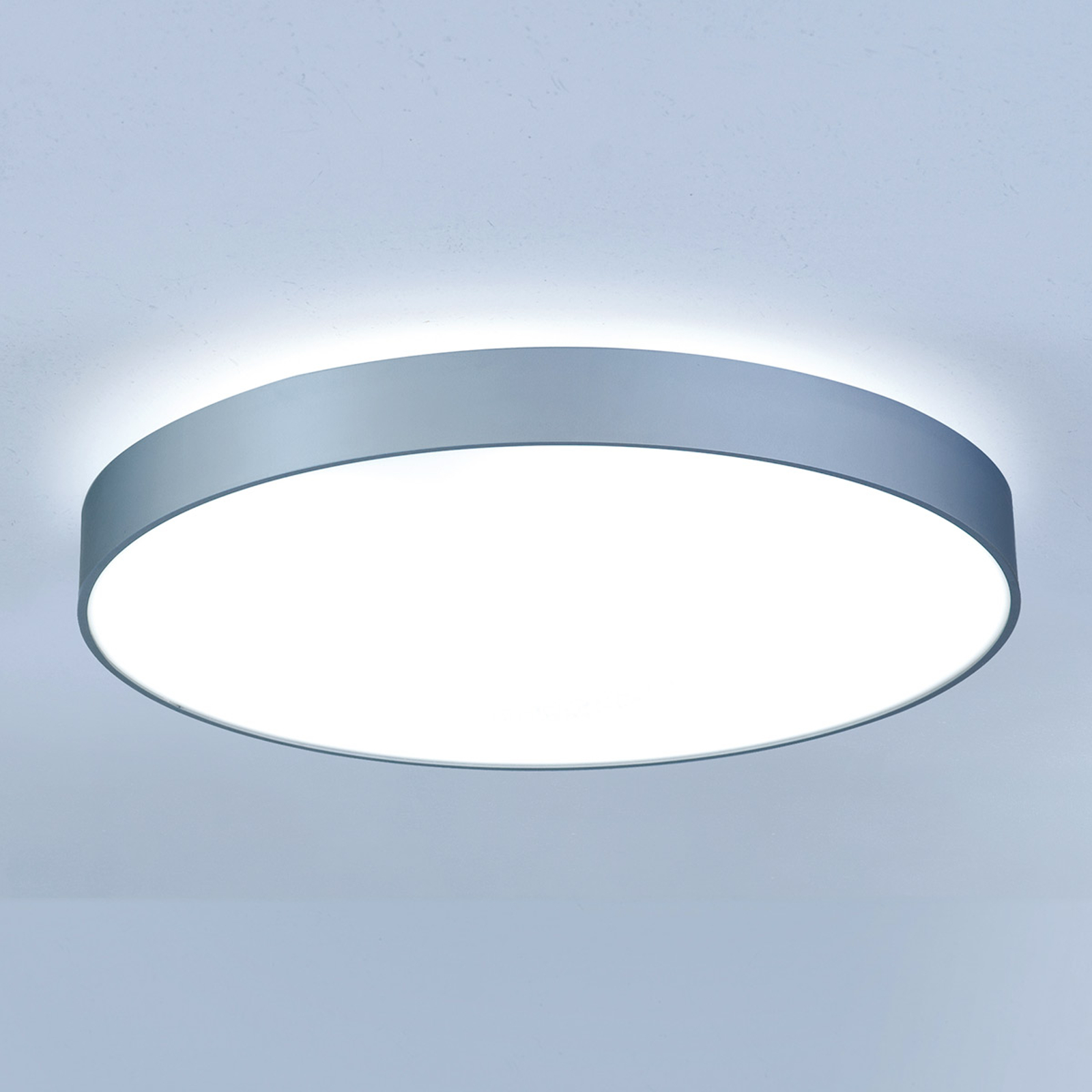 Strahlende LED-Deckenleuchte Basic-X1 50 cm