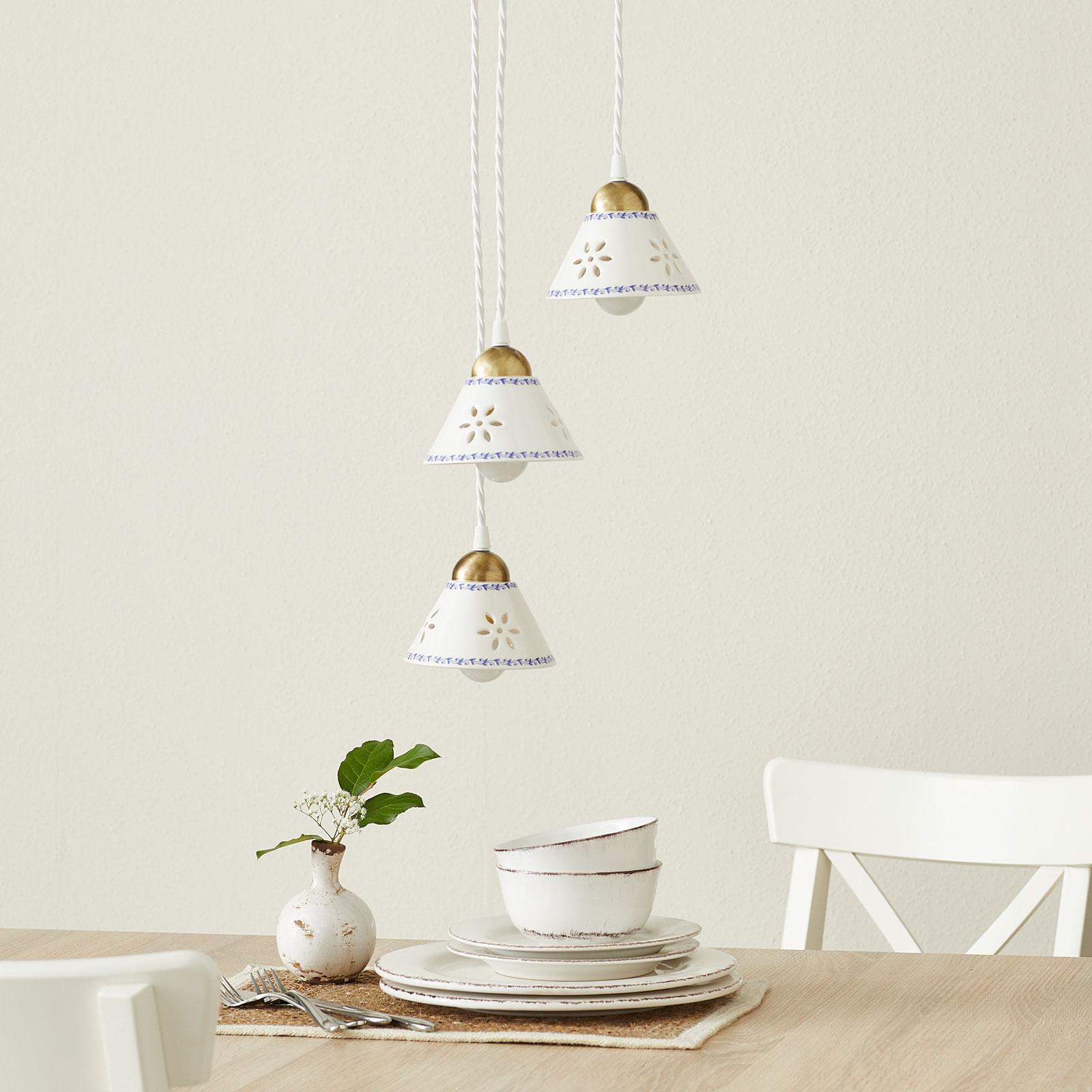 Hængelampe NONNA i hvid keramik, med 3 lyskilder