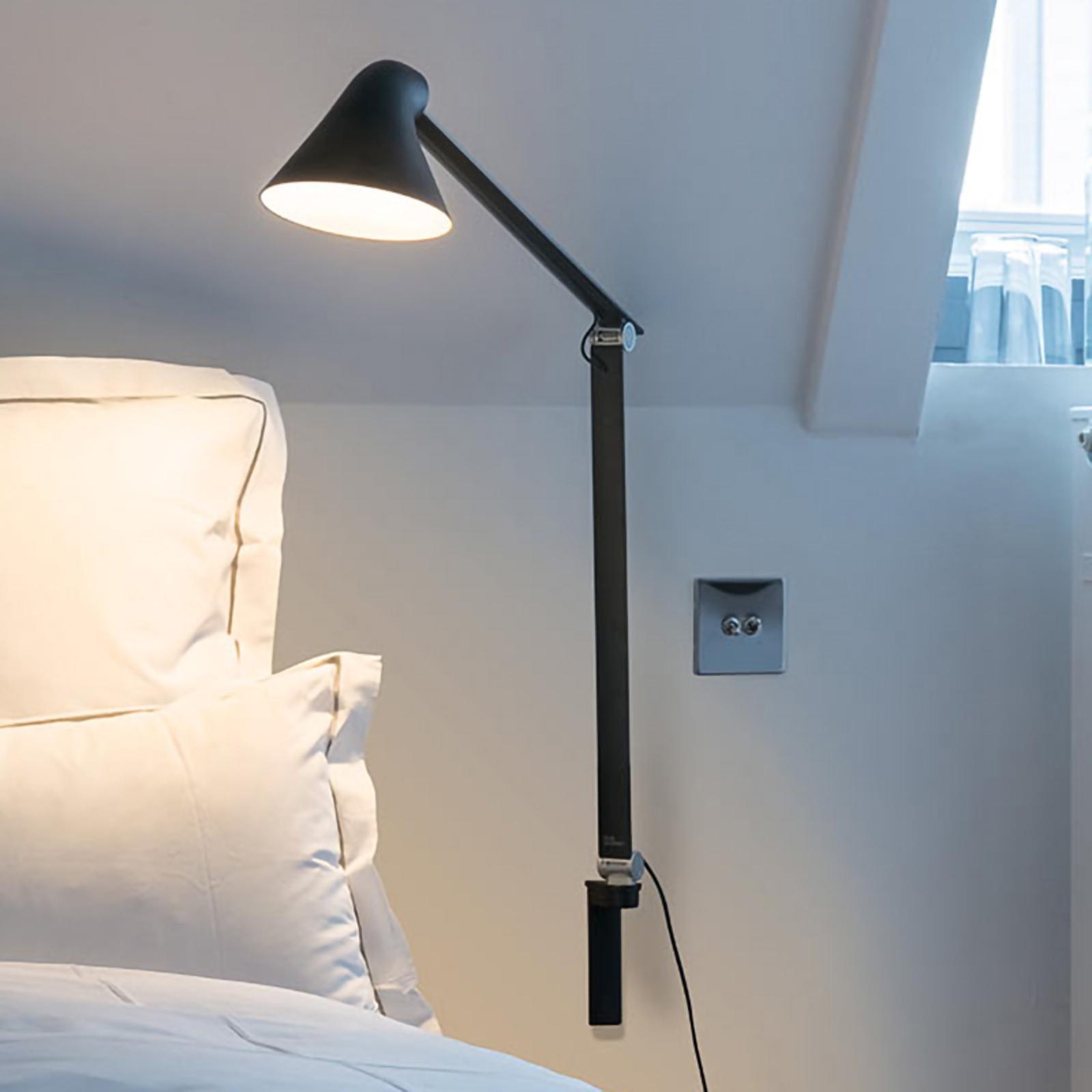 Louis Poulsen NJP LED wandlamp, lange arm, zwart