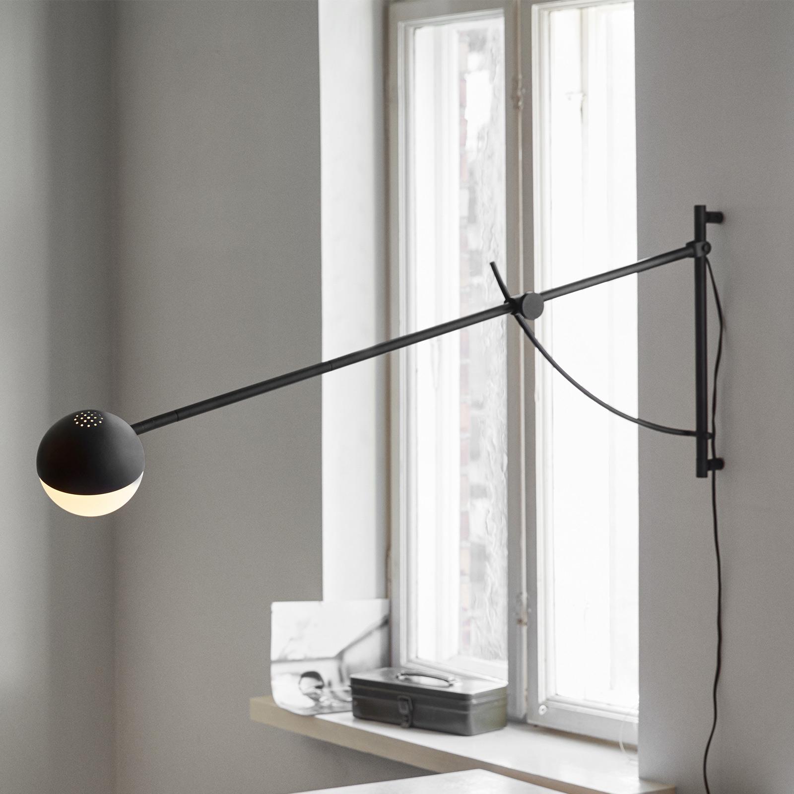 Northern Balancer wandlamp, zwart