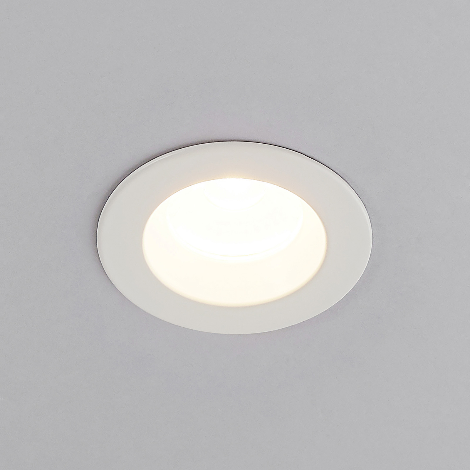 Arcchio Unai LED-Einbaustrahler 2.700K IP65, 4,4W