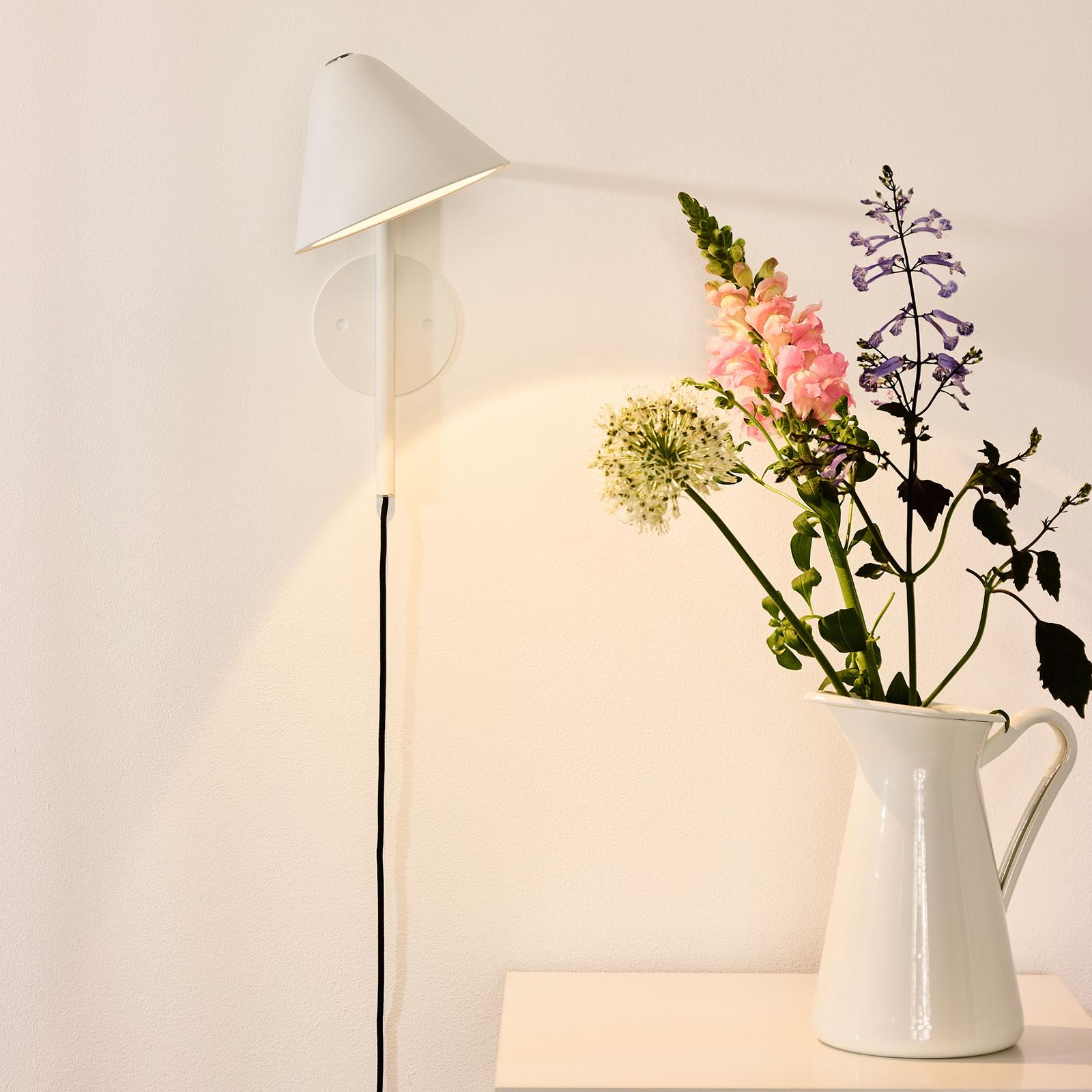 LED wandlamp Devon met stekker, wit