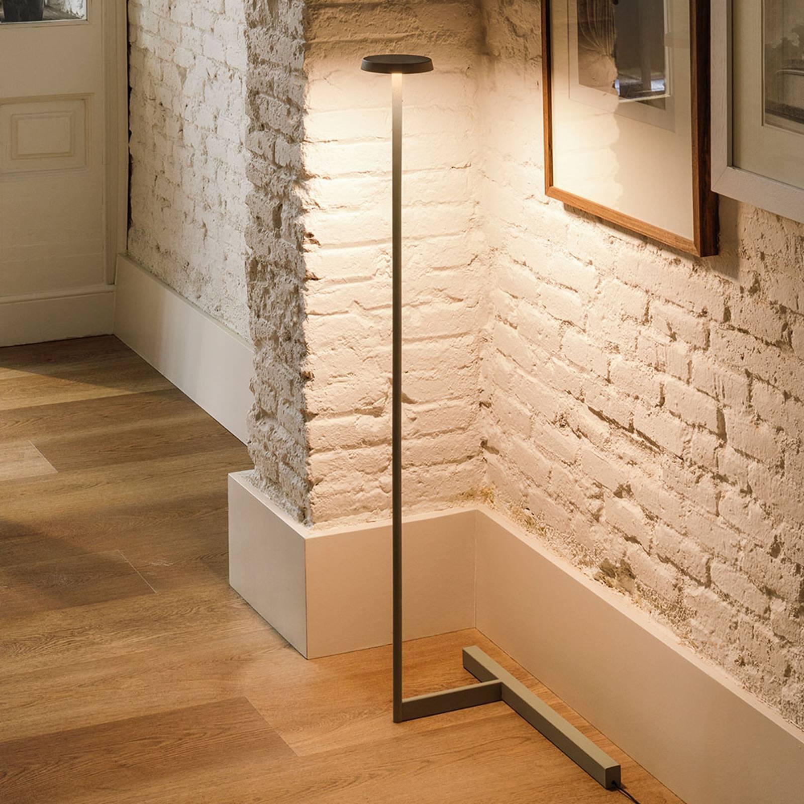 Vibia Flat lampadaire LED hauteur 100cm noir