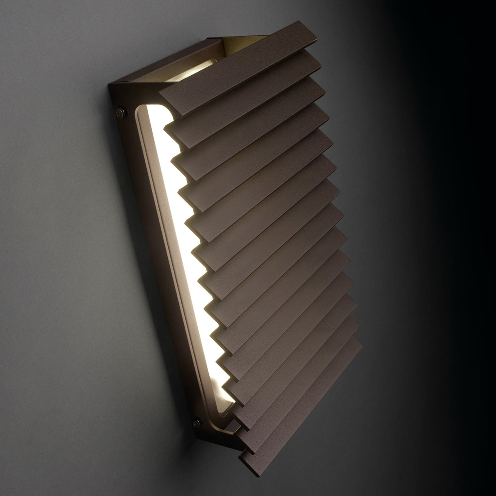 Bover Lineana V - LED buitenwandlamp grafiet-bruin