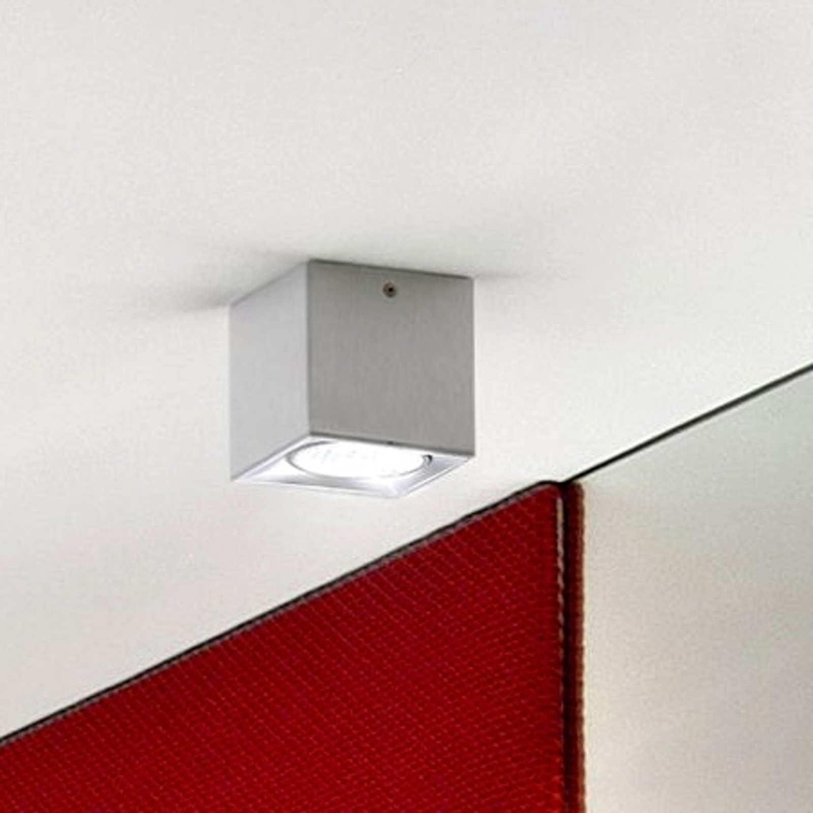 Taklampe Dau Spot med terningform aluminium