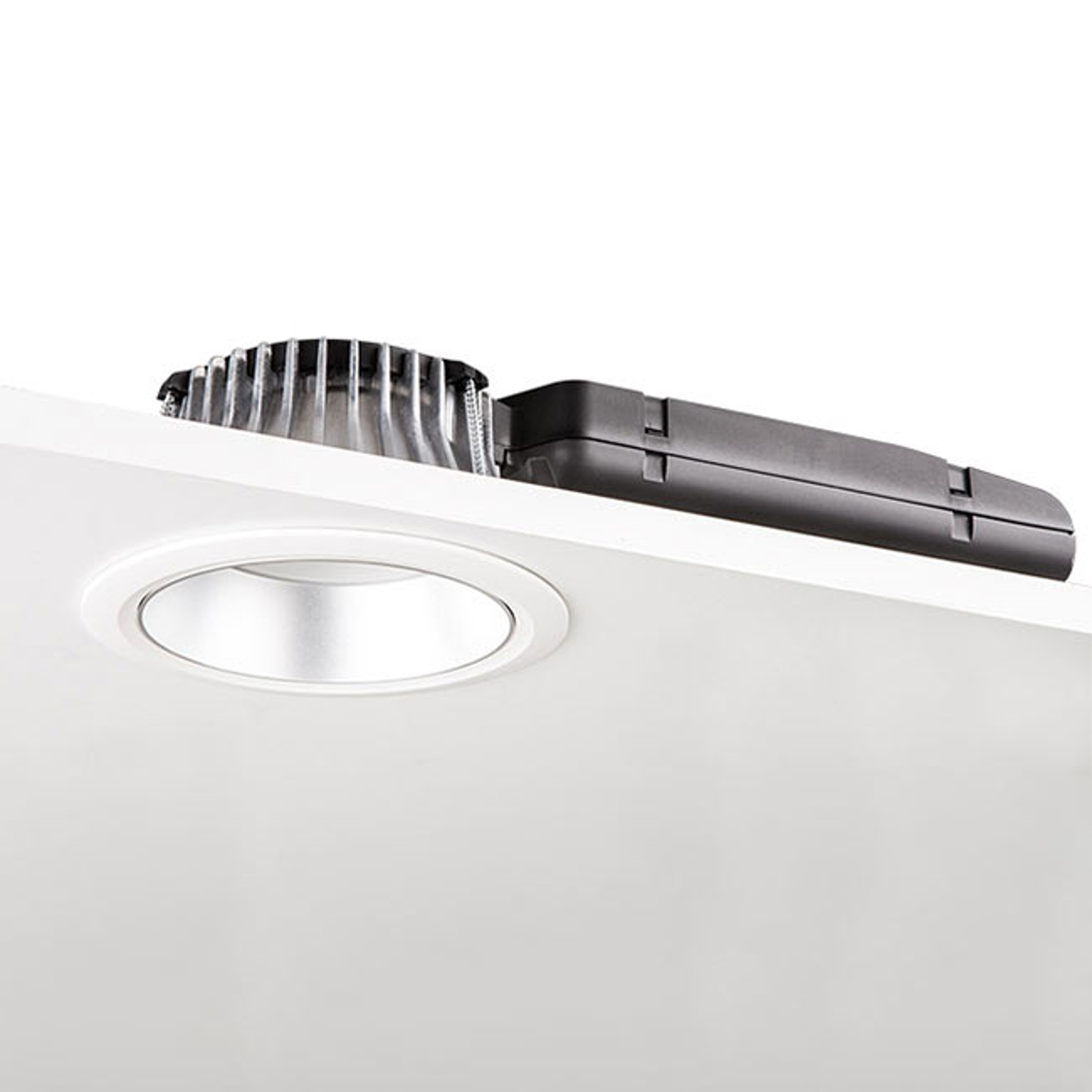 Downlight LED D70-RF155 HF 3 000K blanc/argent mat