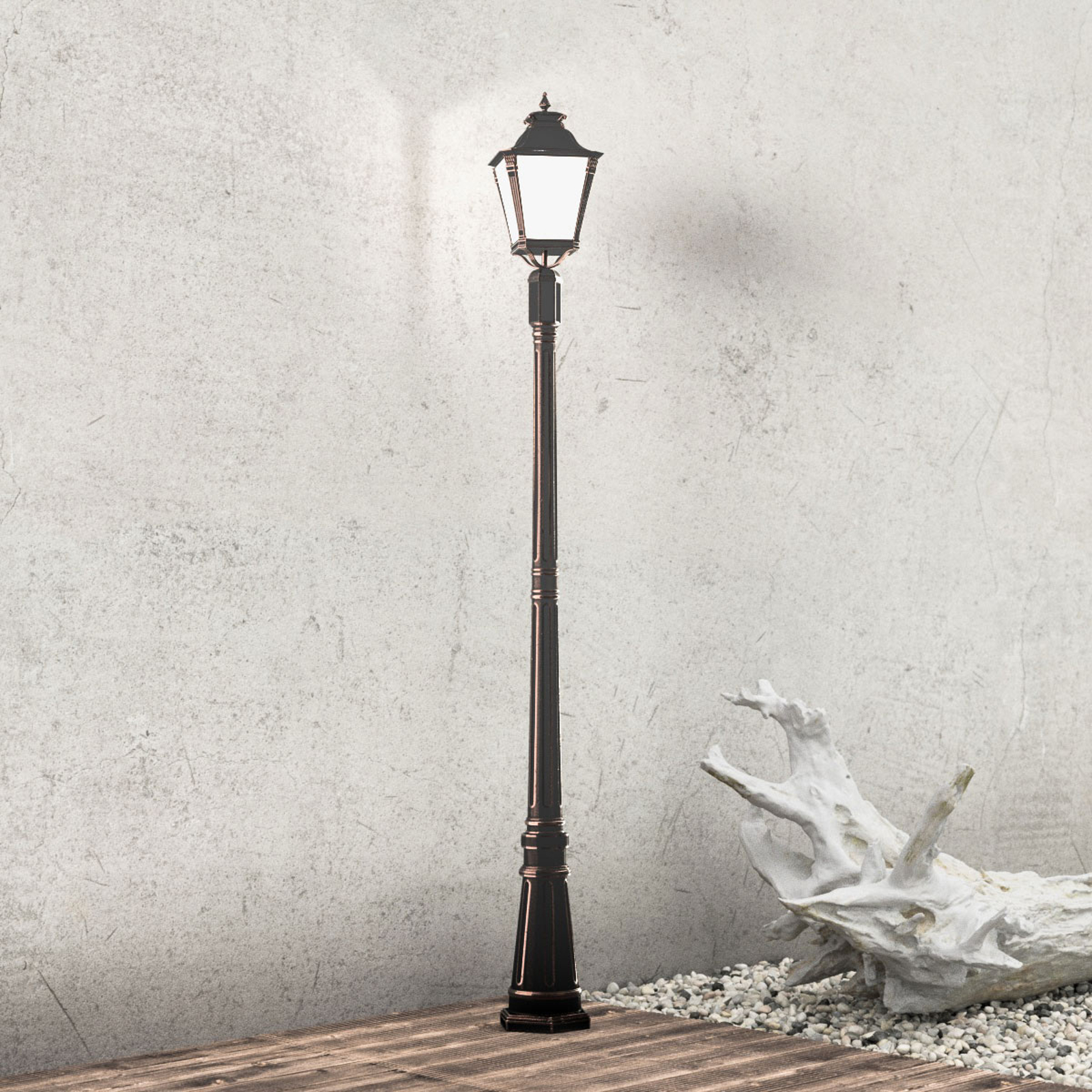 Élégant lampadaire VIVIANA, charme nostalgique
