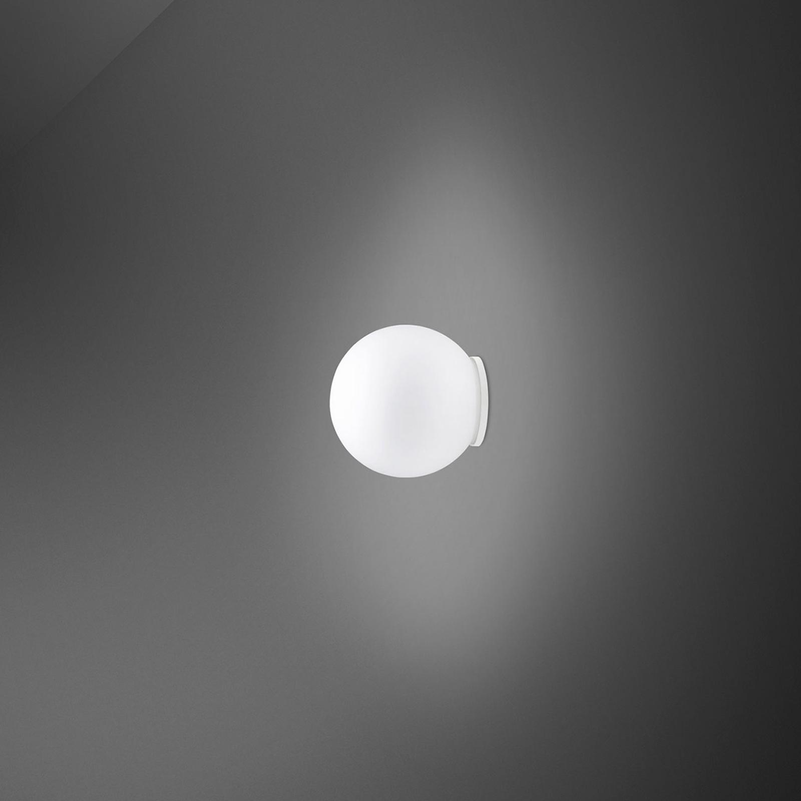 Fabbian Lumi Sfera vegglampe av glass, Ø 9 cm