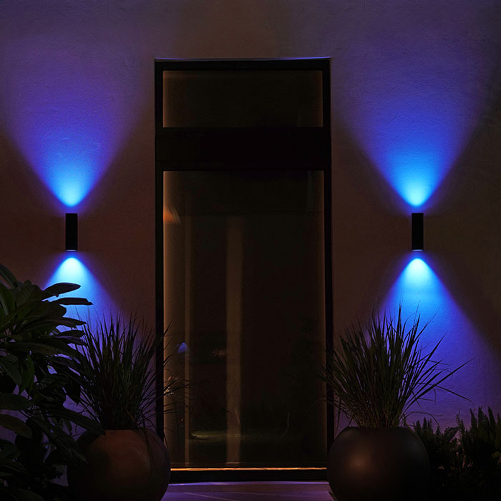 Philips Hue WACA Appear Außenwandlampe Up and Down