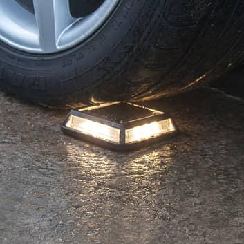 Aurinkokäyttöinen Driveway-LED-lamppu, 3000 kg
