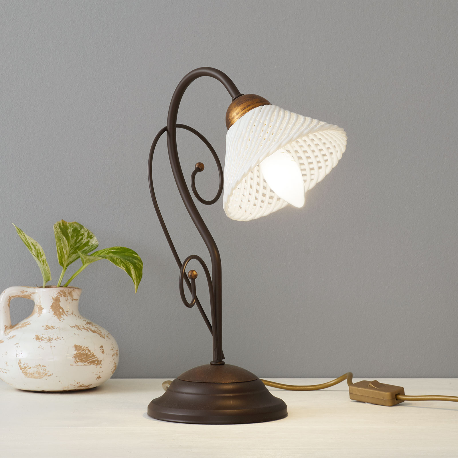 Très belle lampe à poser RETINA