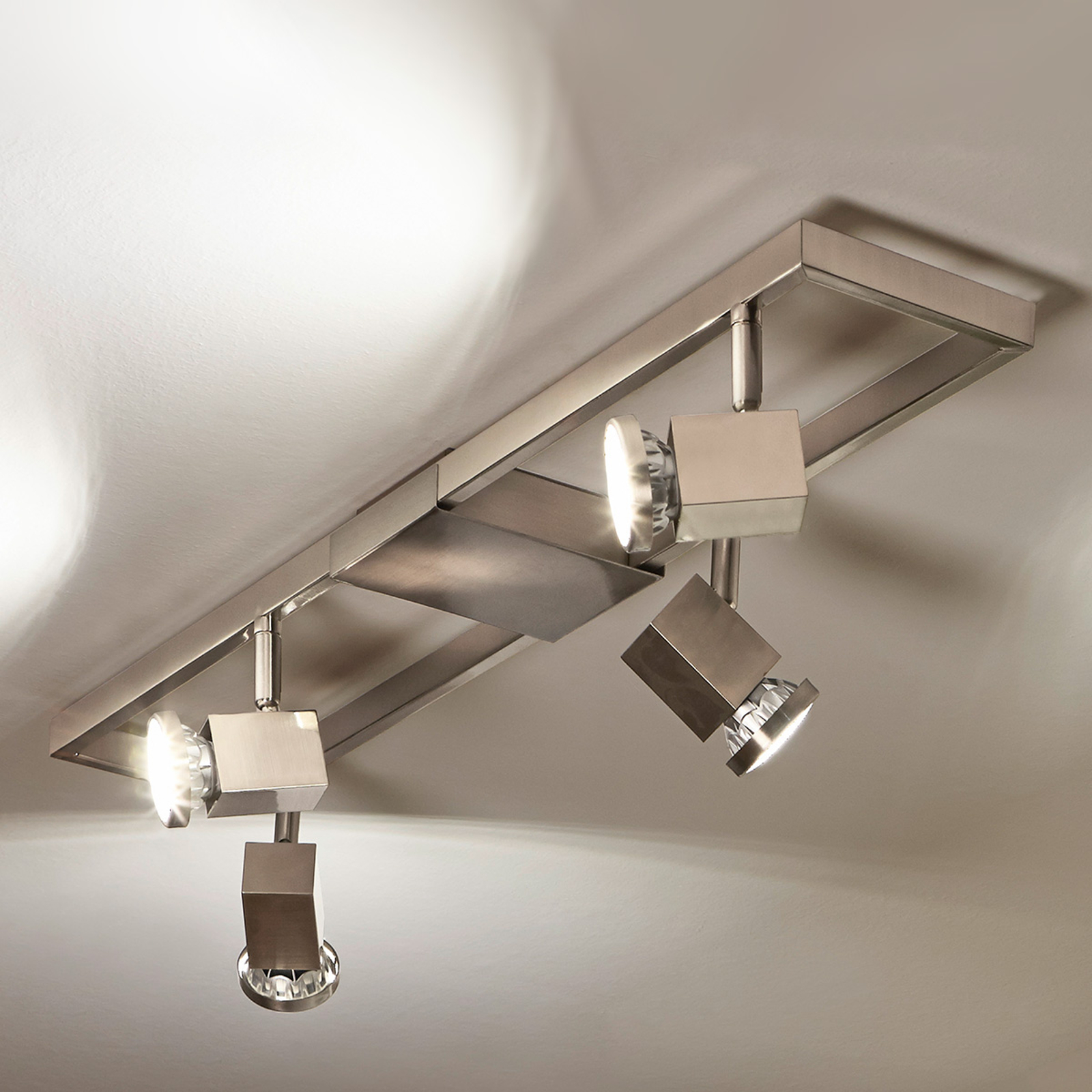Vierflammiger LED-Deckenstrahler Zeraco